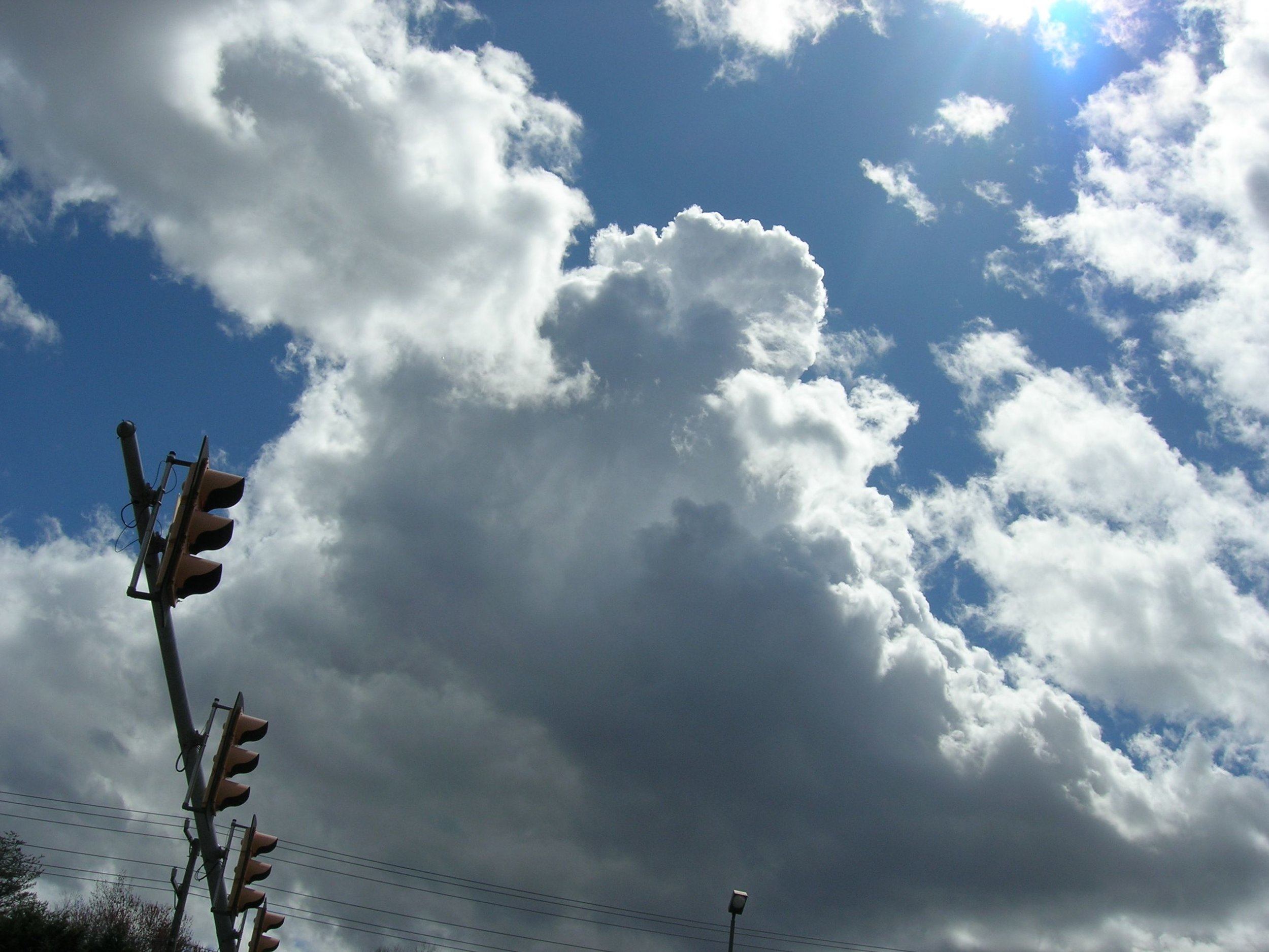 traffic lights and cloud.jpg