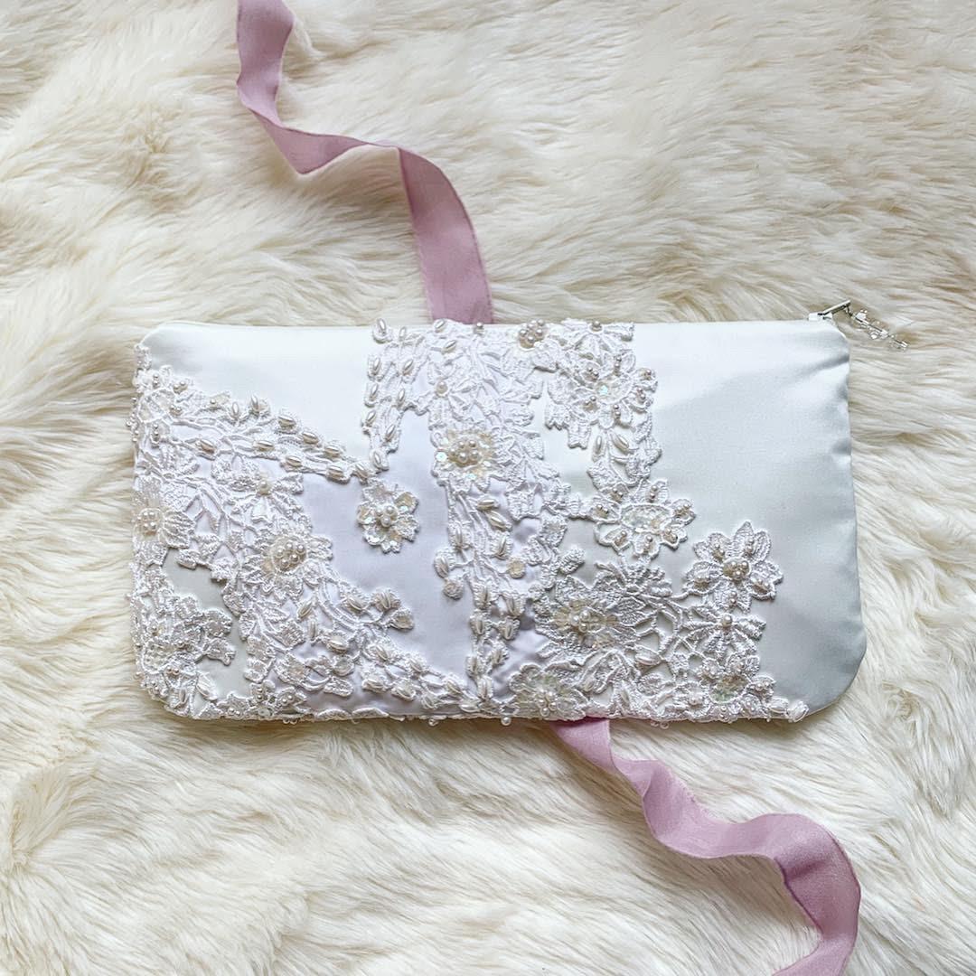 lace wedding purse for bride.jpg