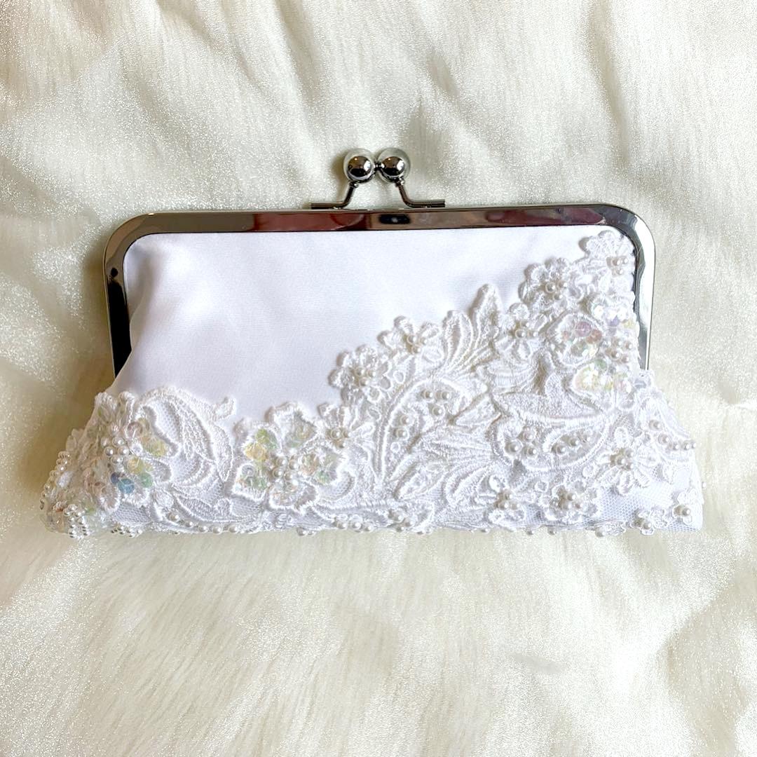 white wedding lace clutch purse.jpg