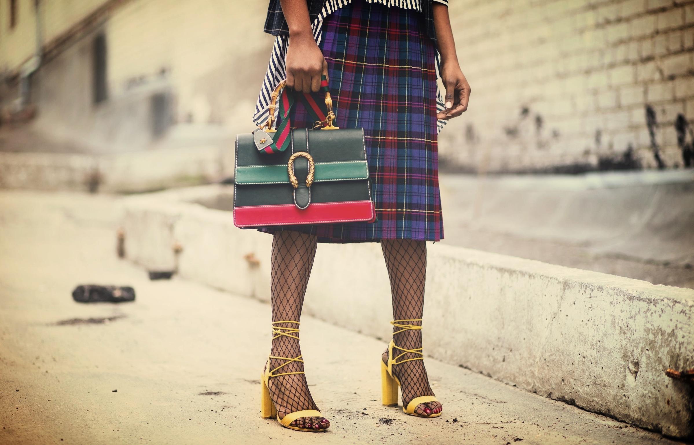 rsz_bag-blazers-clothing-932401.jpg