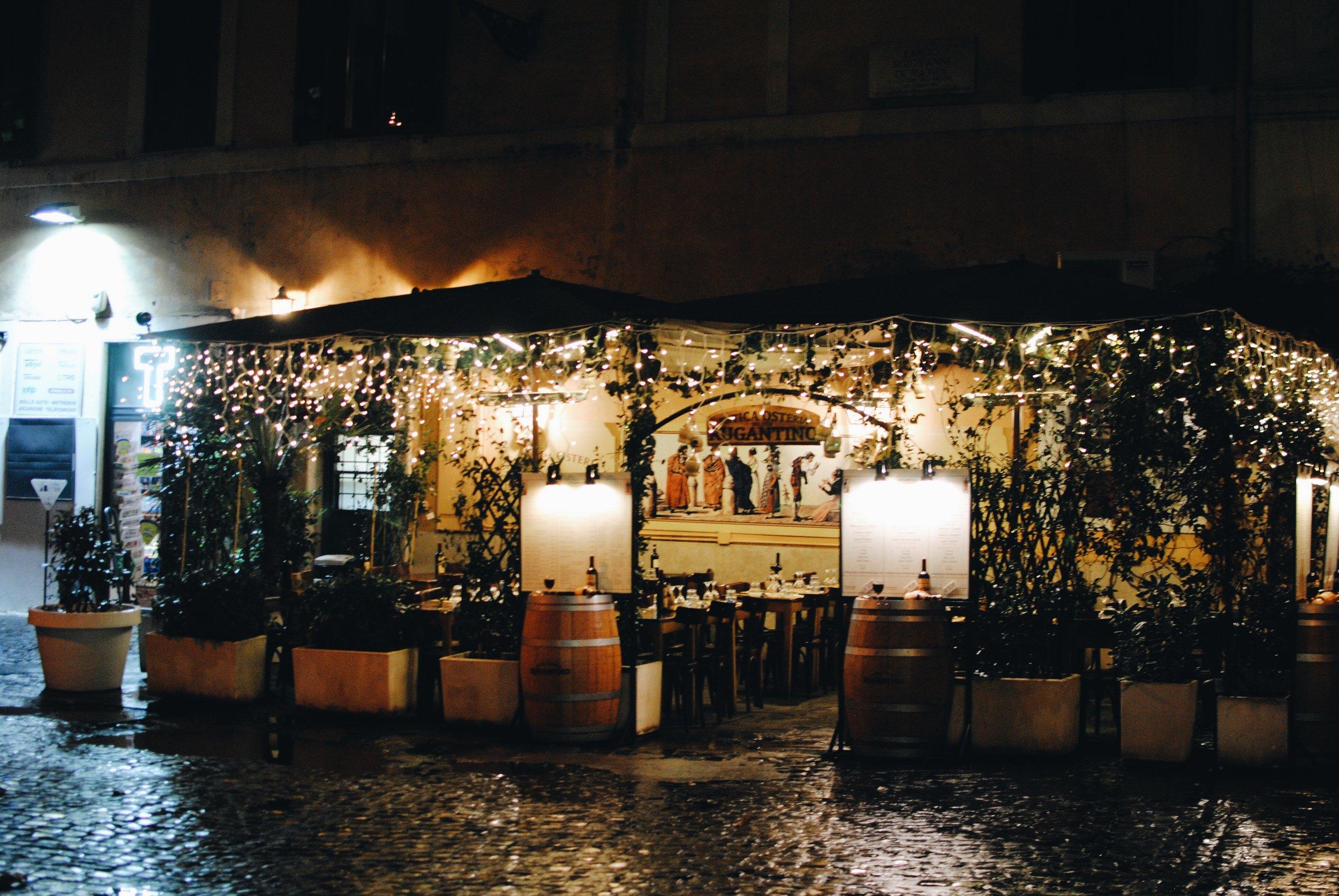 Trastevere: little neighborhood restaurants