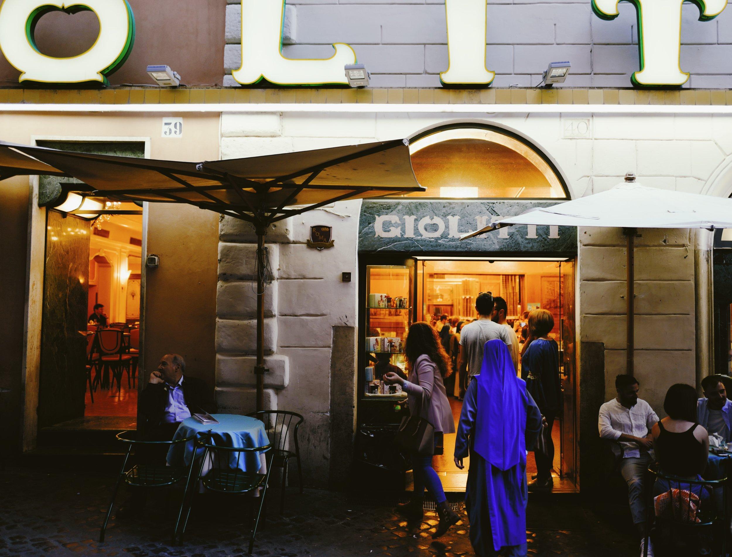 Entrance to Giolitti.
