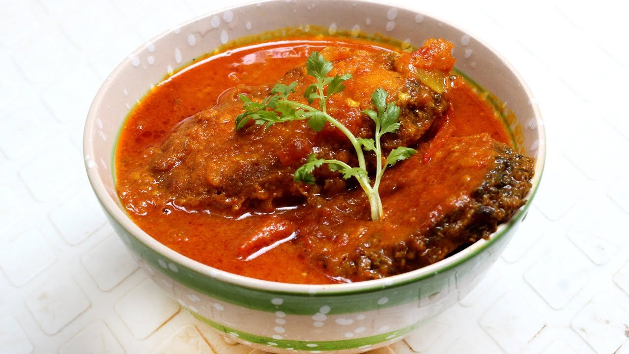 রুই মাছ (Rohu Fish Curry)