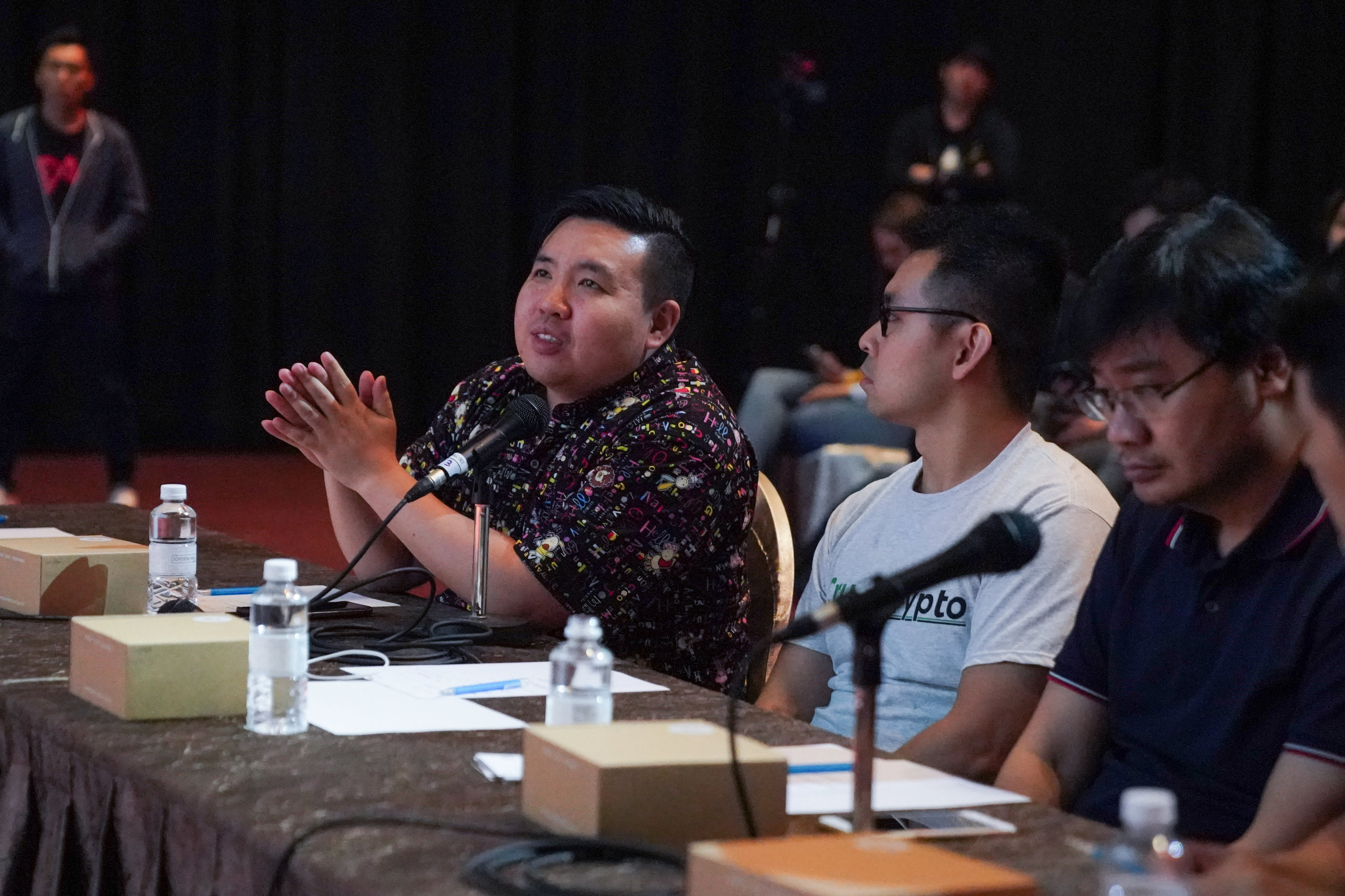 Panel of judges at Pitch Night 2018. From left: Soso from Block Crafters Capital, Victor Lai from CrushCrypto and Long Vuong from Tomochain.