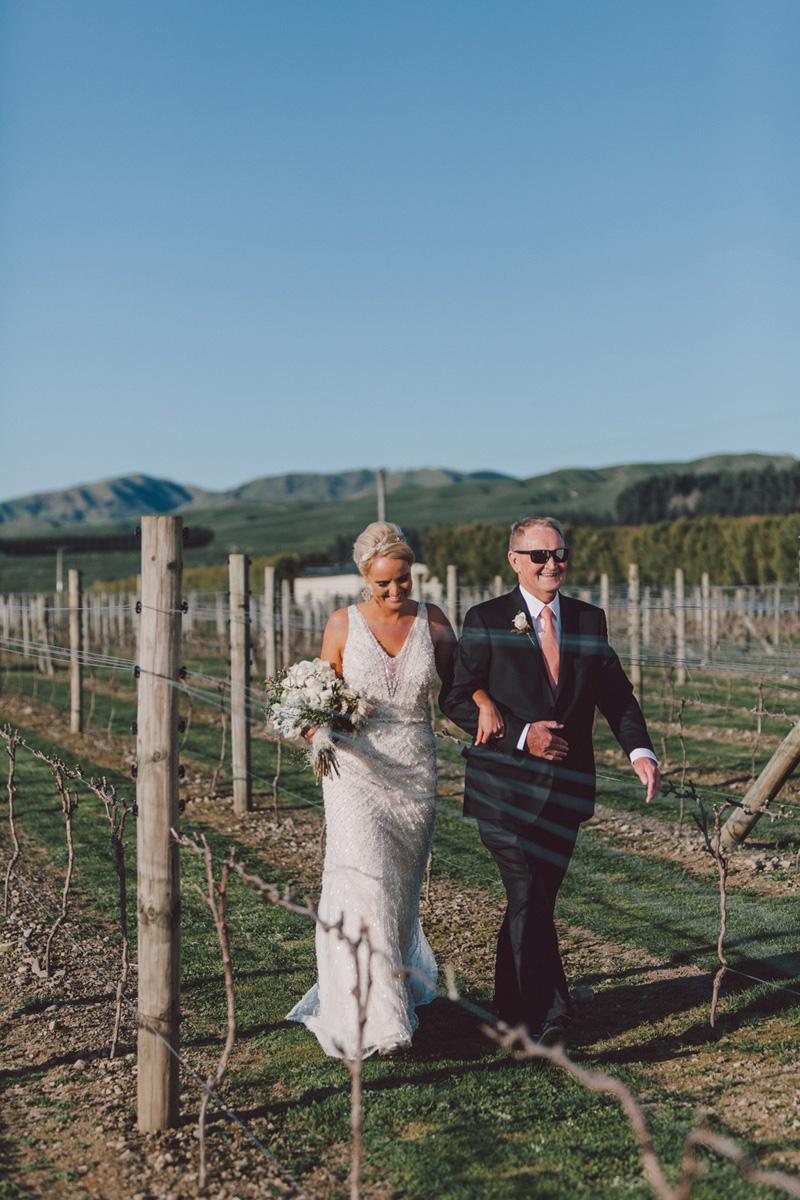 Sarah_McEvoy_Poppies_Martinborough_Wedding_001-1.jpg