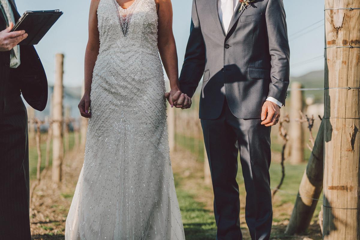 Sarah_McEvoy_Poppies_Martinborough_Wedding_003-1.jpg