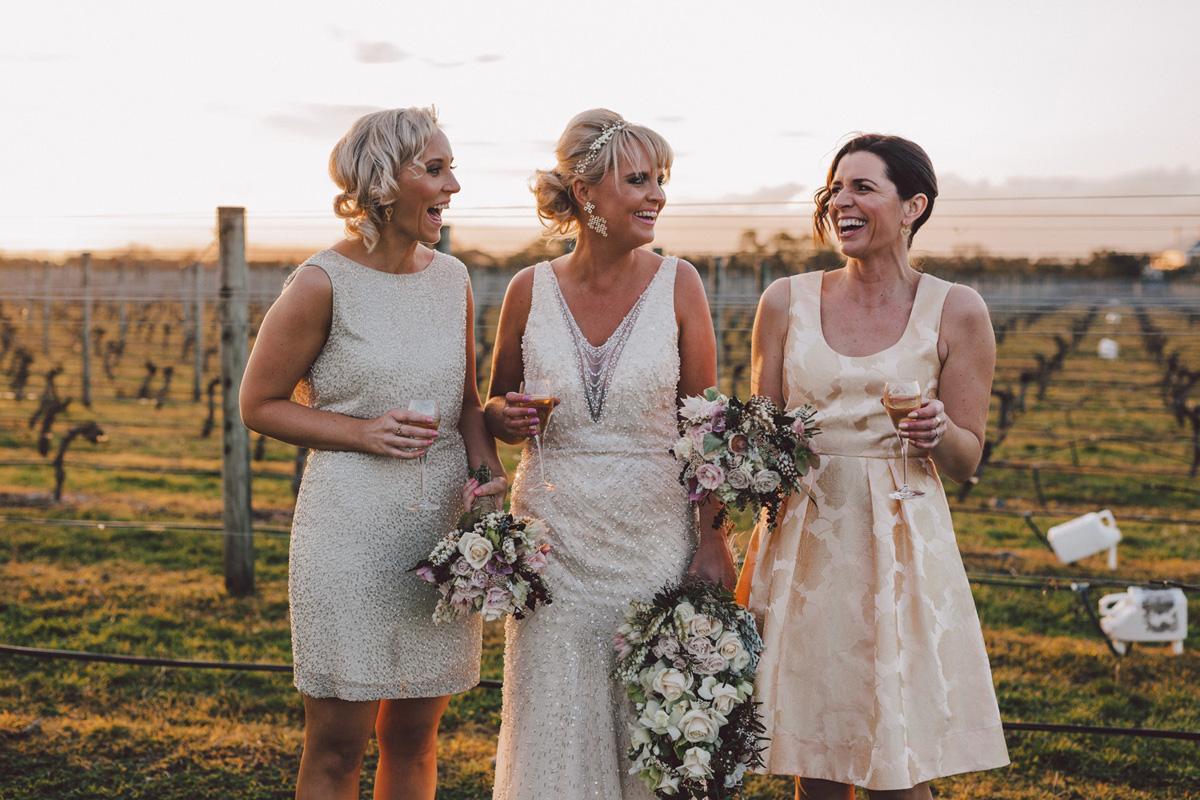 Sarah_McEvoy_Poppies_Martinborough_Wedding_007.jpg