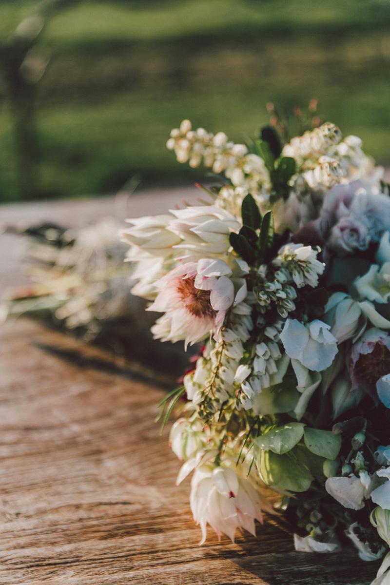 Sarah_McEvoy_Poppies_Martinborough_Wedding_016.jpg