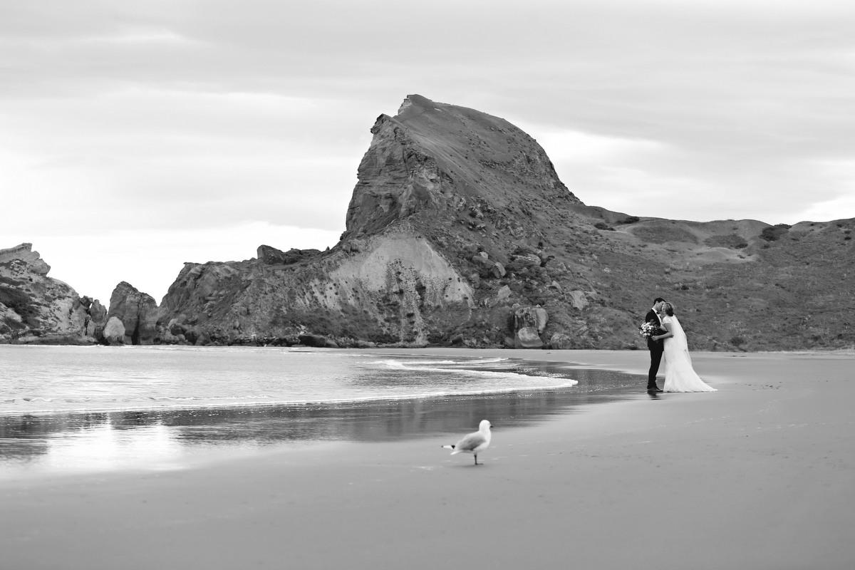 wedding-inspiration-castlepoint-wairarapa-23.jpg
