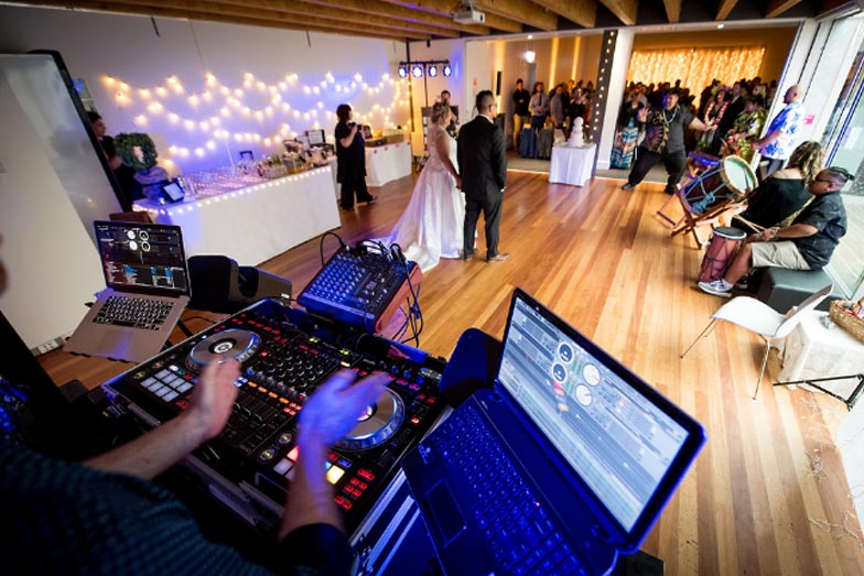 wedding-music-wedding-crashers11.JPG
