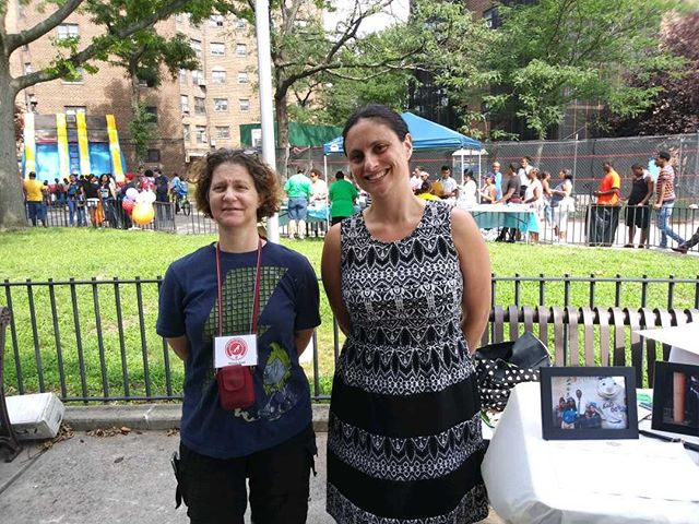 Guess who we met at #AstoriaFamilyDay?  Thank you Debra-Ellen Glickstein, co-founder of @UrbanUpbound. We wouldn't be here without you  #astoria #family #familyday2018 #PawPartnersCoop #origins