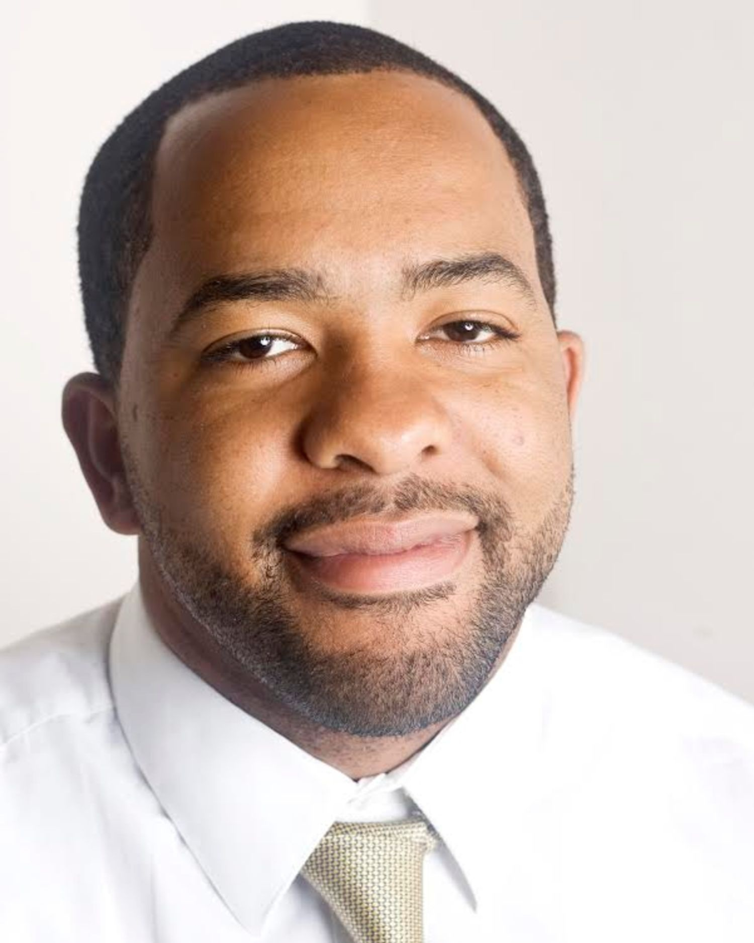 Aquil Crooks - I was born and raised in Bridgeport, and still live there currently.My primary goal is to end gun violence in the community, a mission I have pursued not only by being a co-founder of the Justice Advisors, but through my work with two other local programs: Street Safe and Project Longevity.