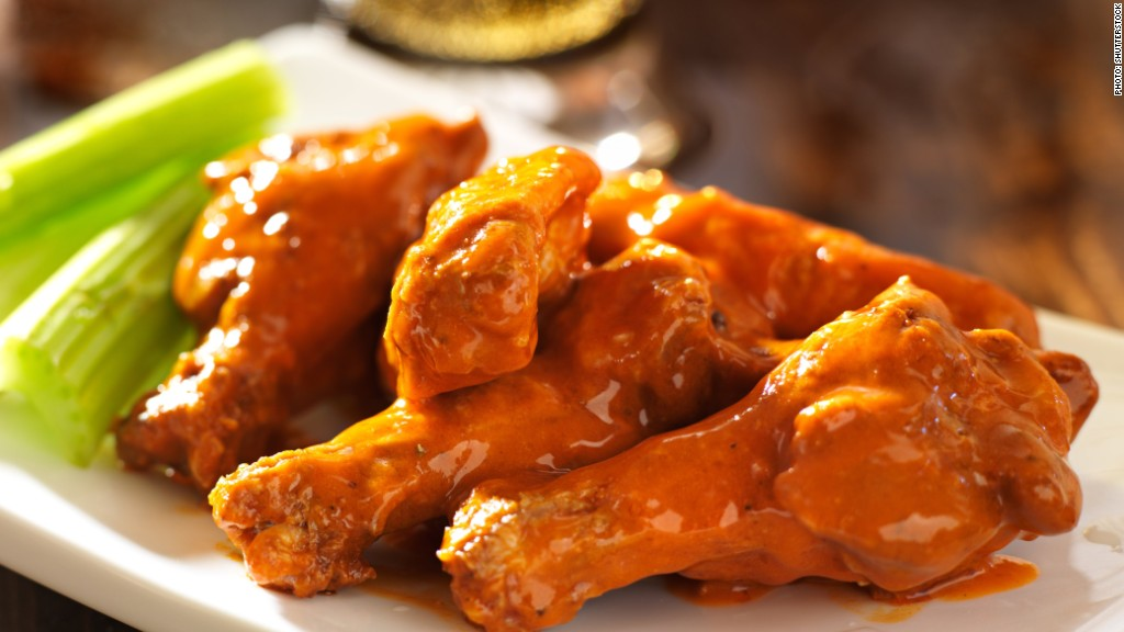 141028120103-chicken-wings-buffalo-wild-wings-earnings-1024x576.jpg