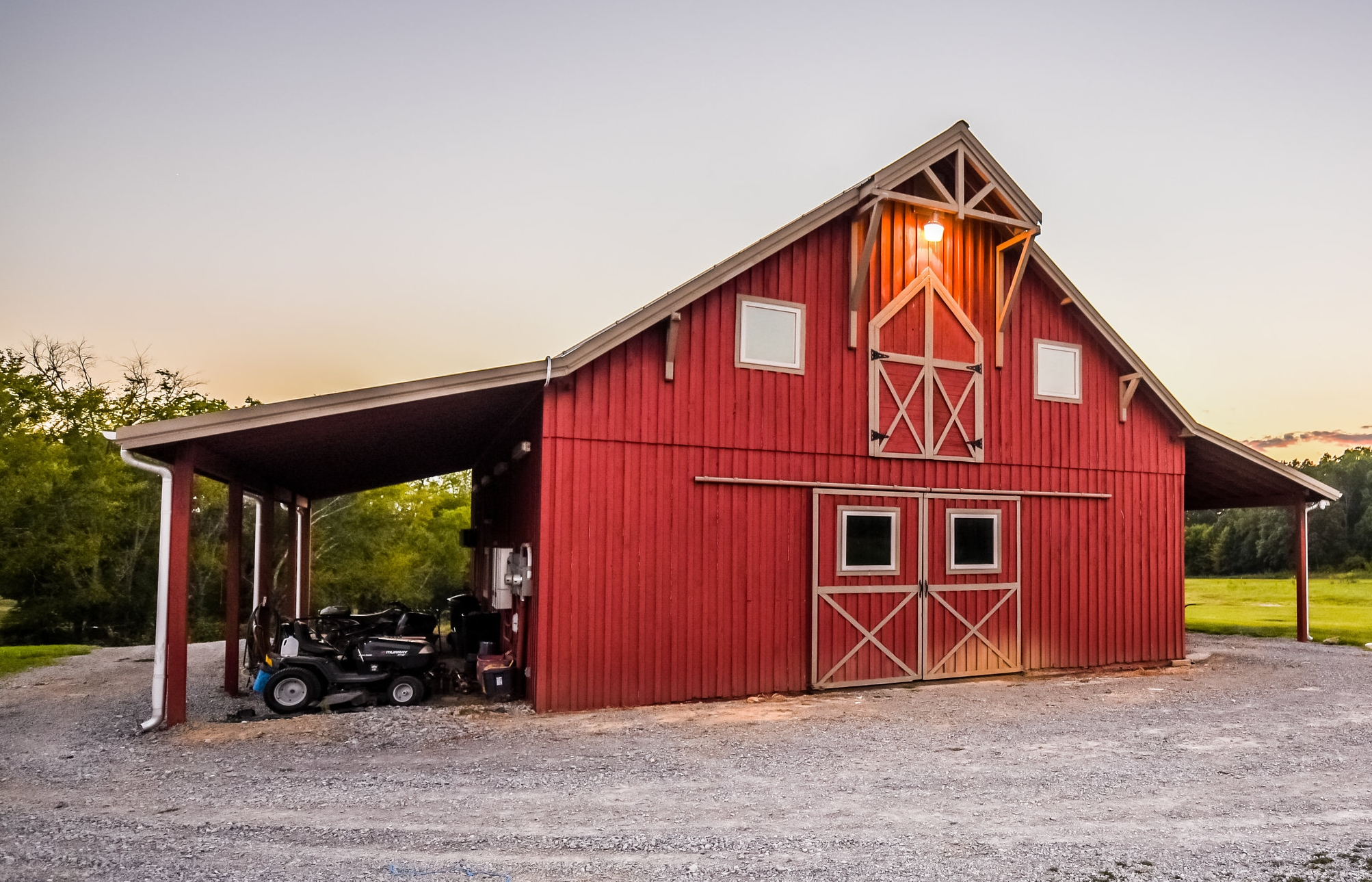 We also have a beautiful 48 X 60 barn for meetings, family reunions or small weddings.  Click Here.