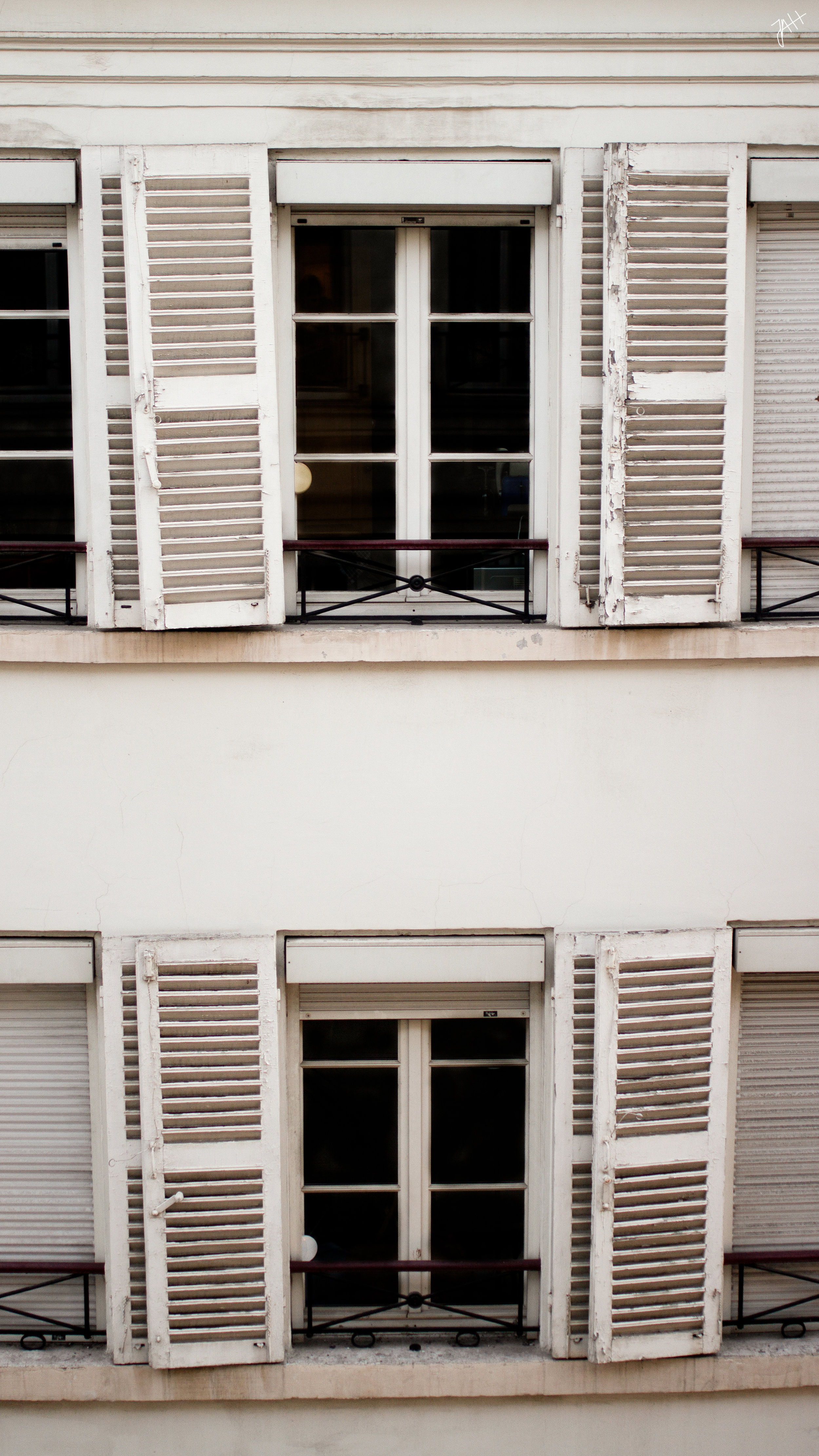 paris-windows.jpg