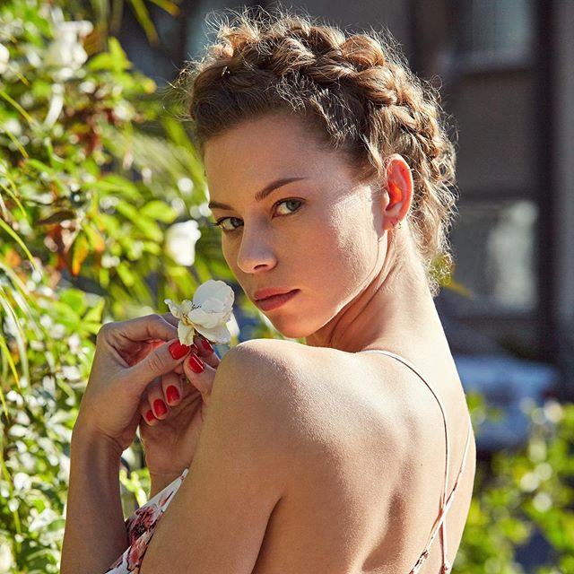 Need some weekend hair inspo?? ?? Try this braided updo for a sweet yet sultry spring style! #goodyhair #feelgoody