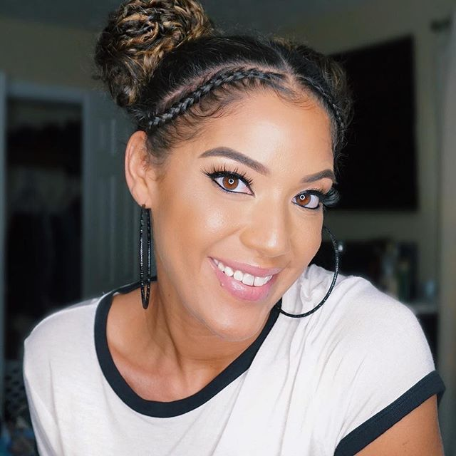 How fun is this space bun look @hif3licia created using Goody Spin Pins + Ouchless Forever elastics?! 🤩We love the braid accent! #goodyhair #feelgoody