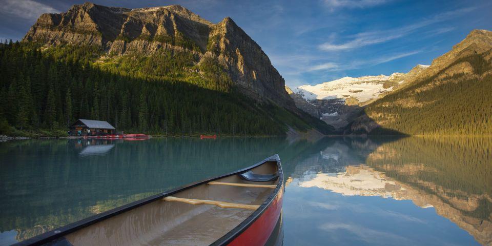 lake-louise-canoe-wide-moment-banff-alberta.jpg
