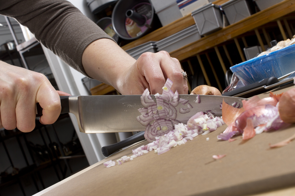 Chopping-onion.jpg
