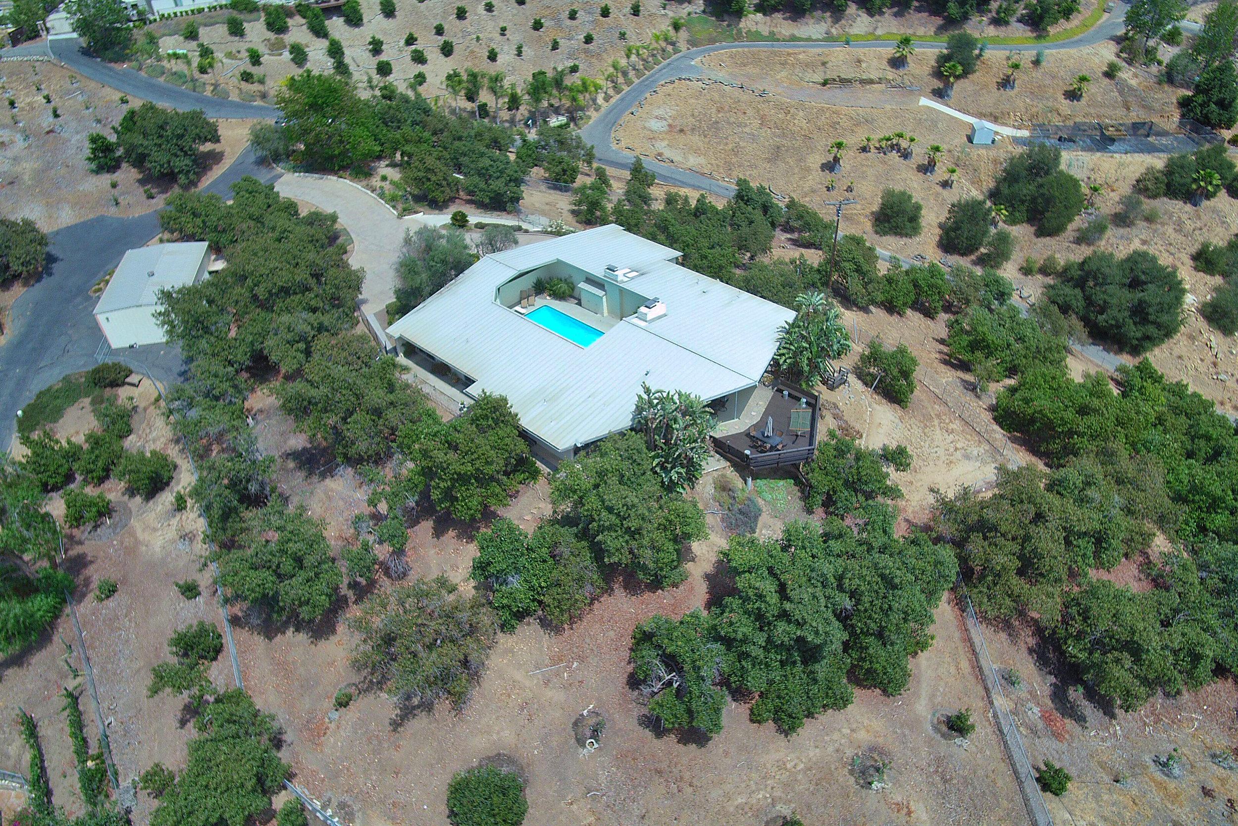 043_Aerial Top View - Copy.jpg