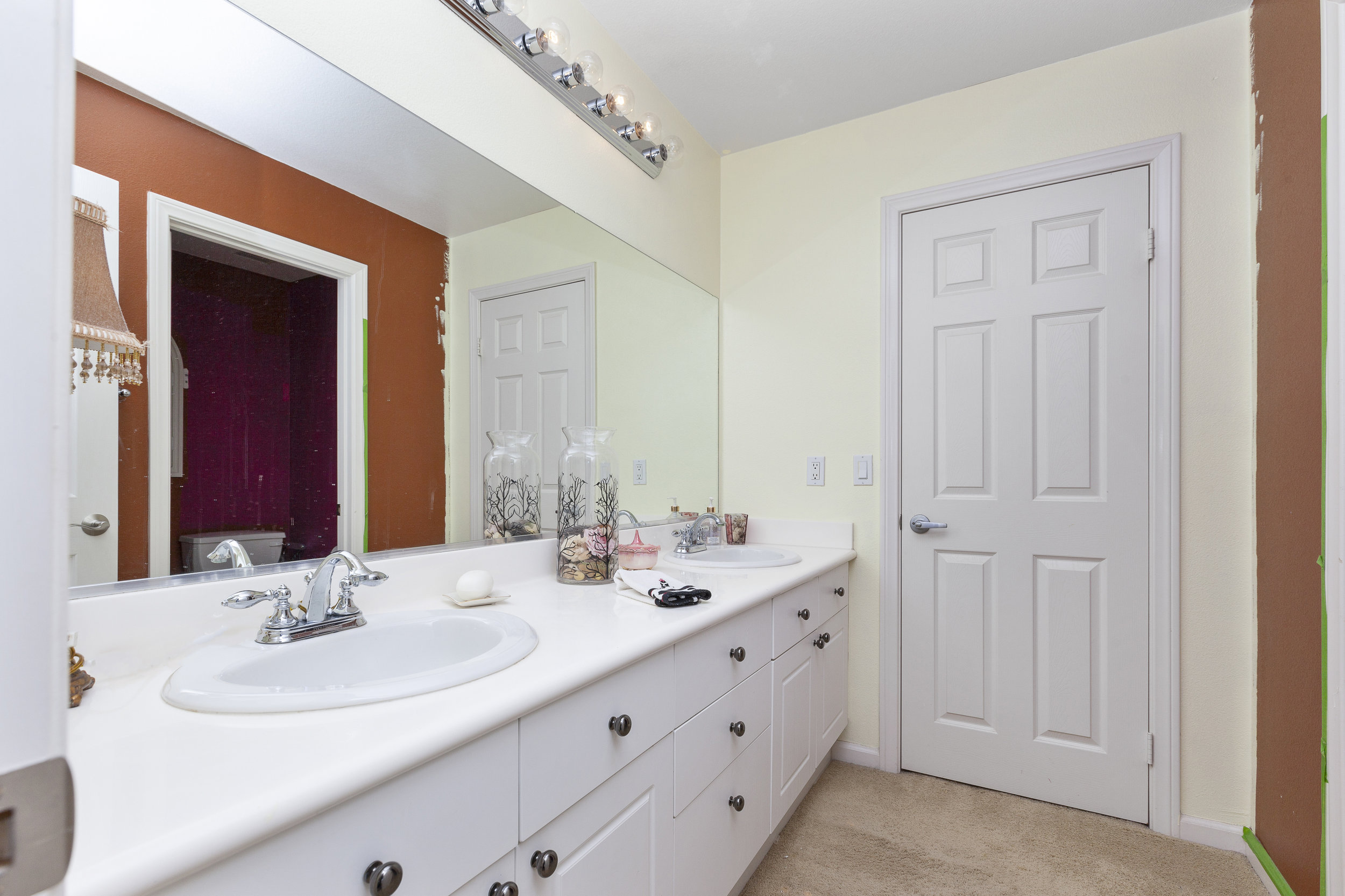024_Bathroom .jpg