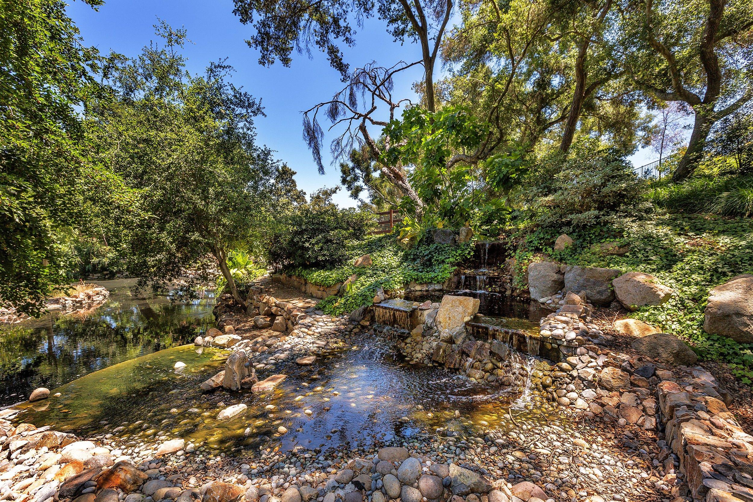 079_Creek.jpg