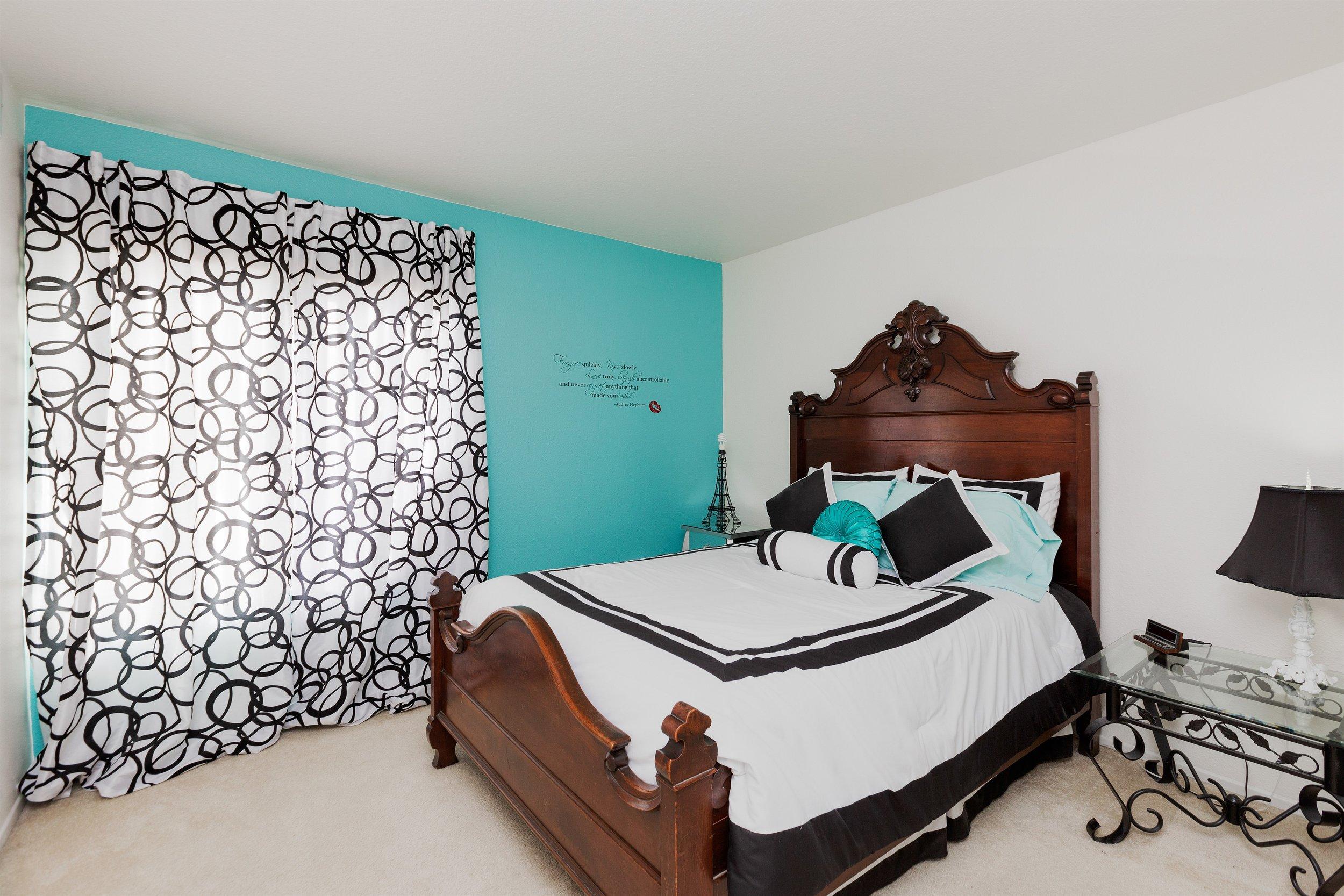 021_Bedroom .jpg