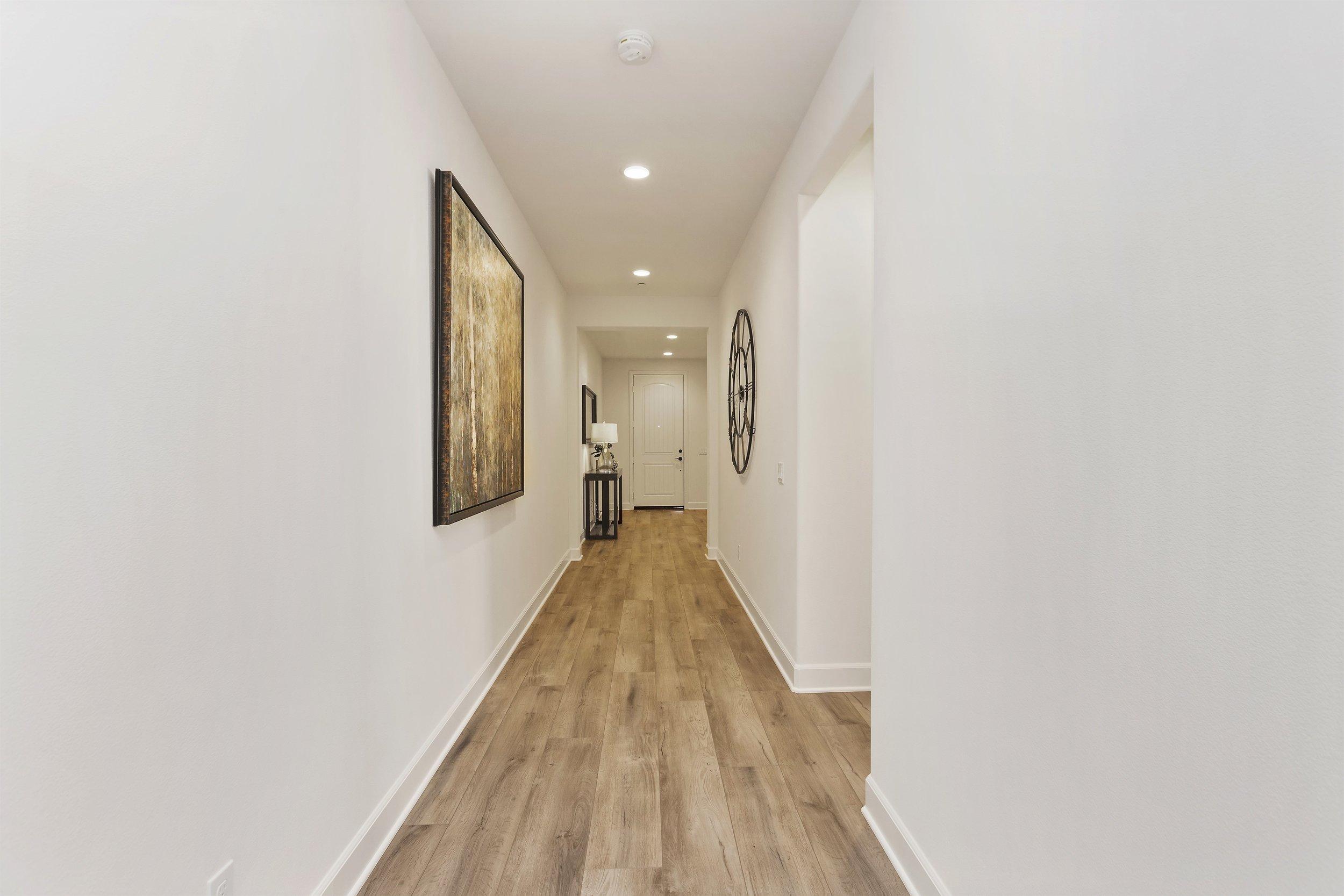 012_Hallway.jpg