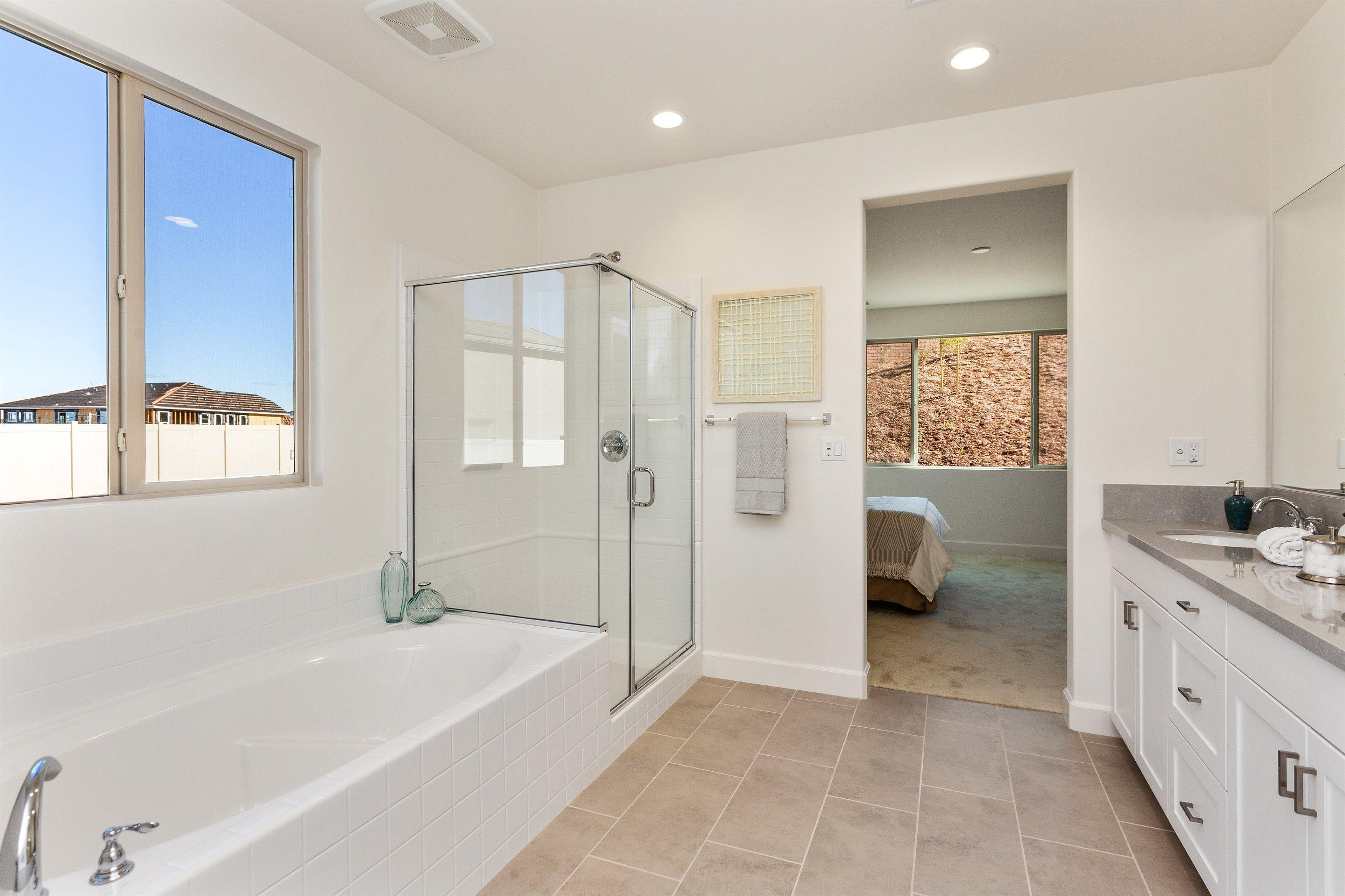 033_Master Bathroom.jpg