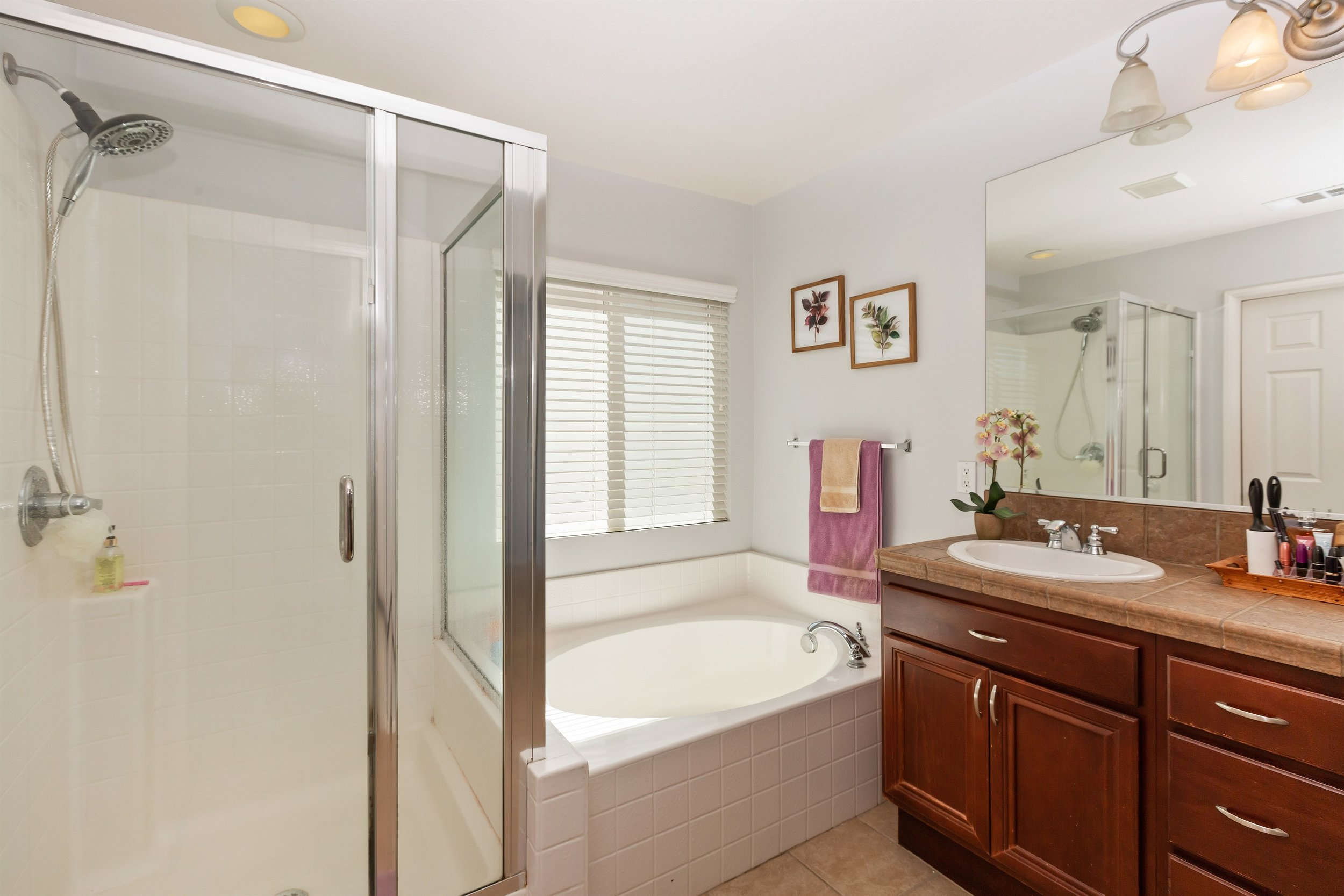 026_Master Bathroom.jpg