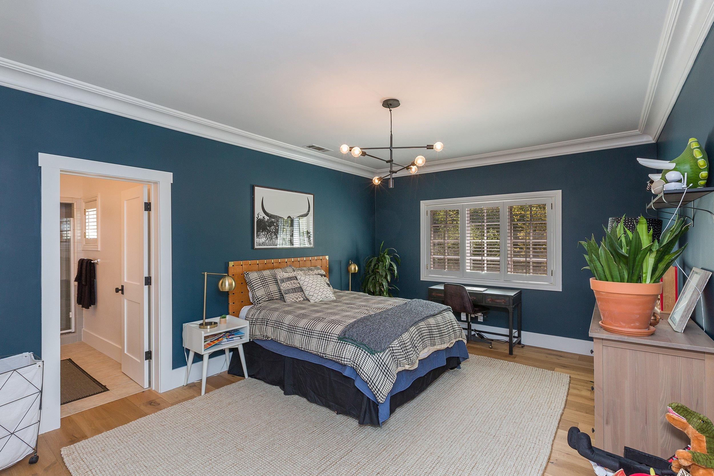 046_Bedroom.jpg