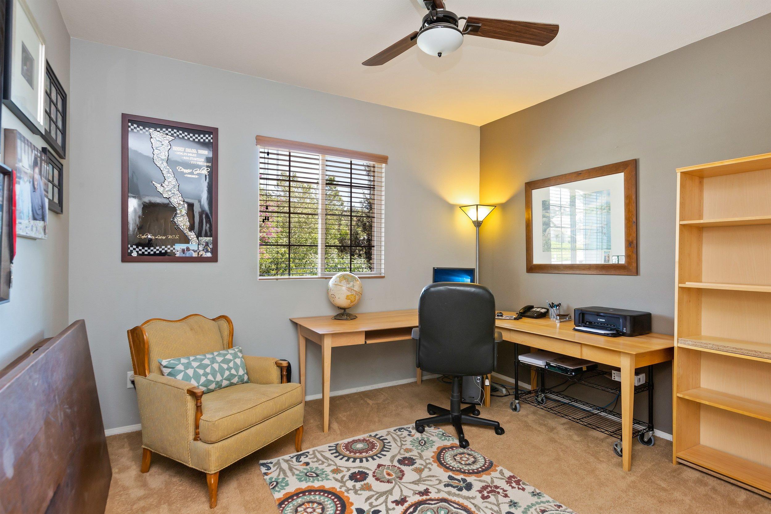 021_OfficeBedroom.jpg