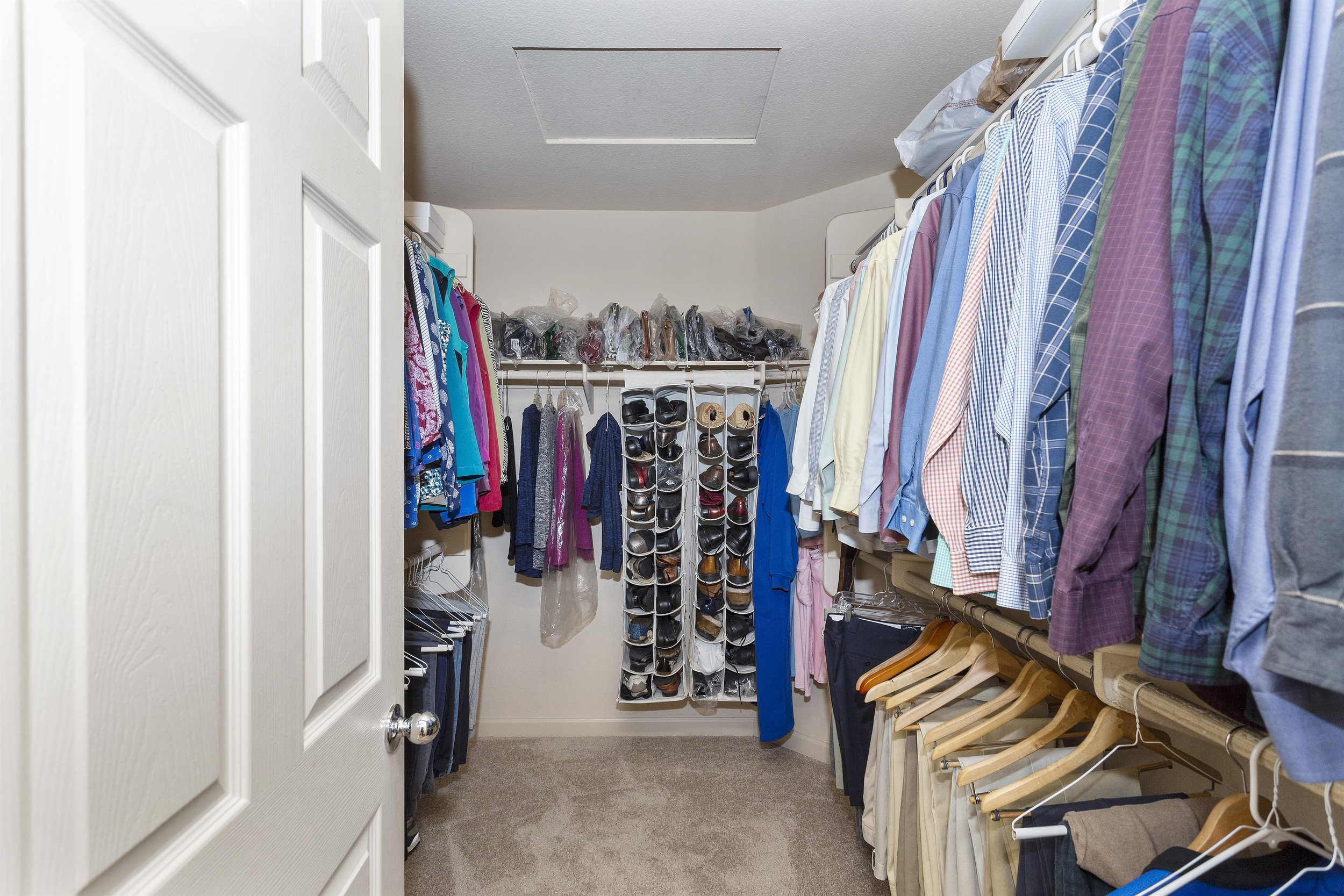 030_Walk In Closet in Master Bedroom.jpg