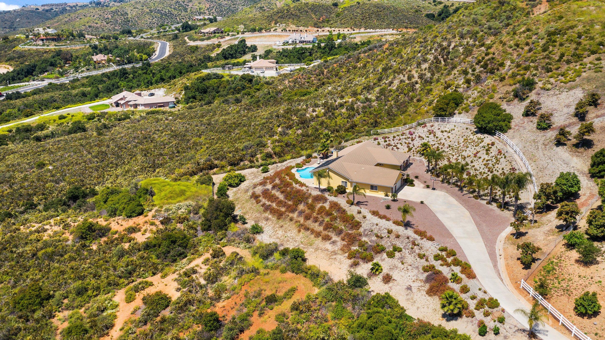 047_Aerial Side View.jpg