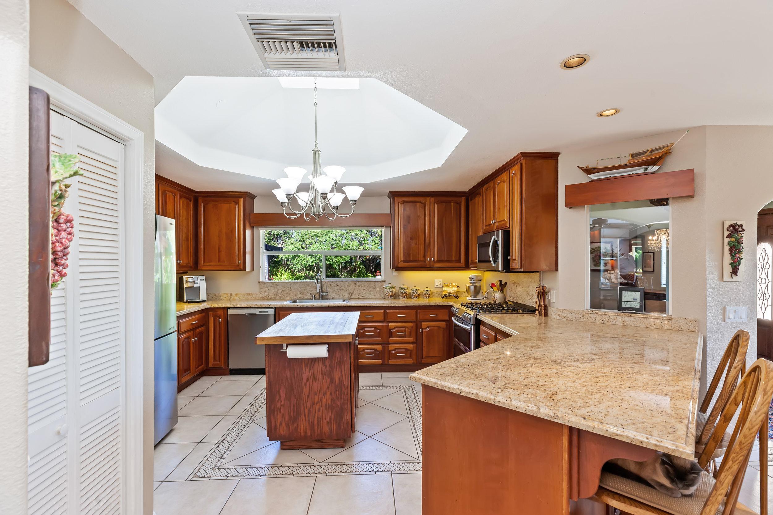029_Kitchen.jpg