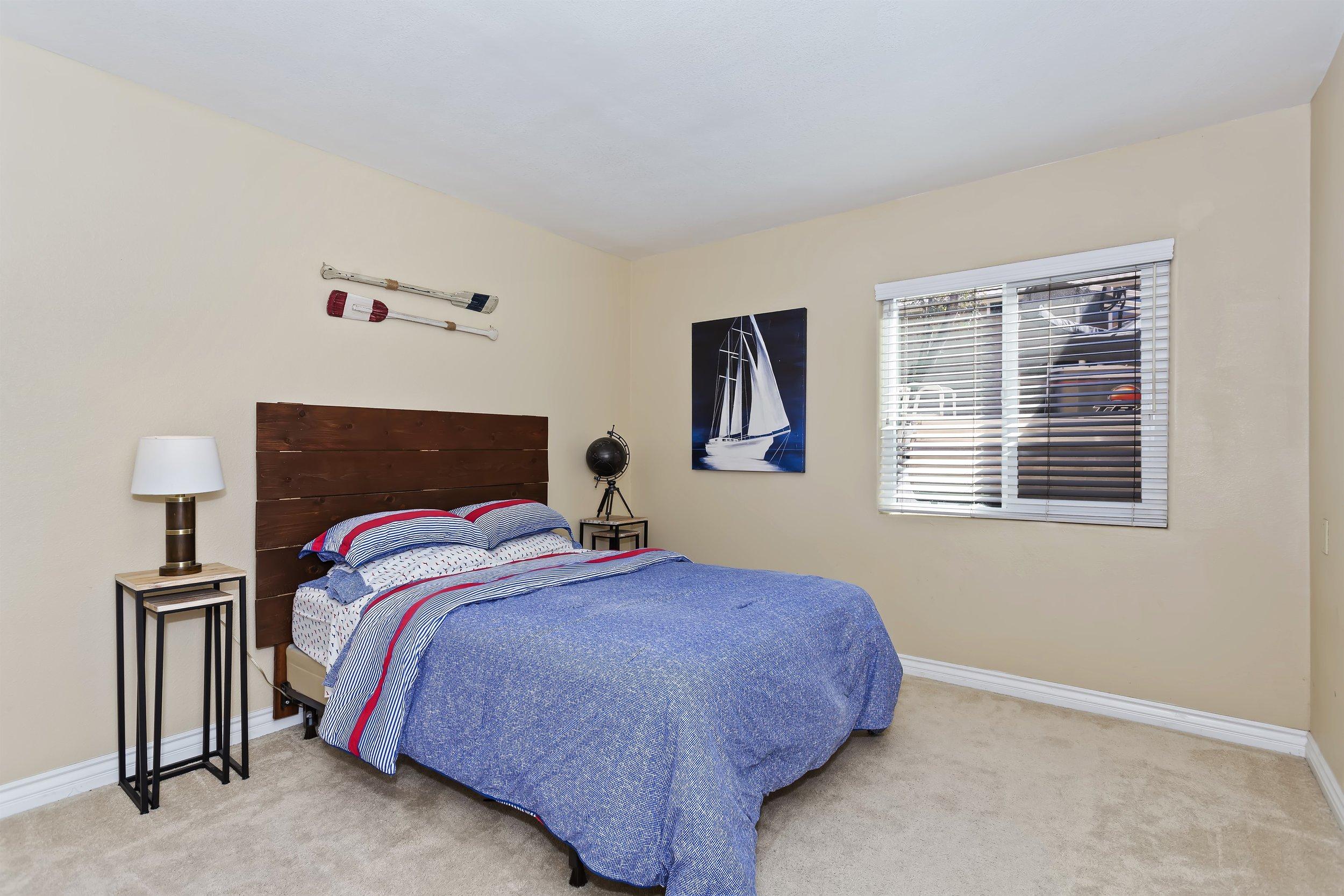 019_Bedroom.jpg