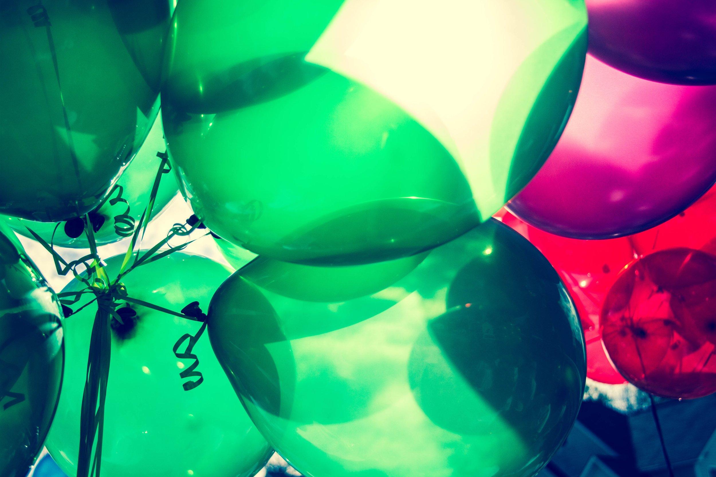 balloons-money-real-estate.jpg