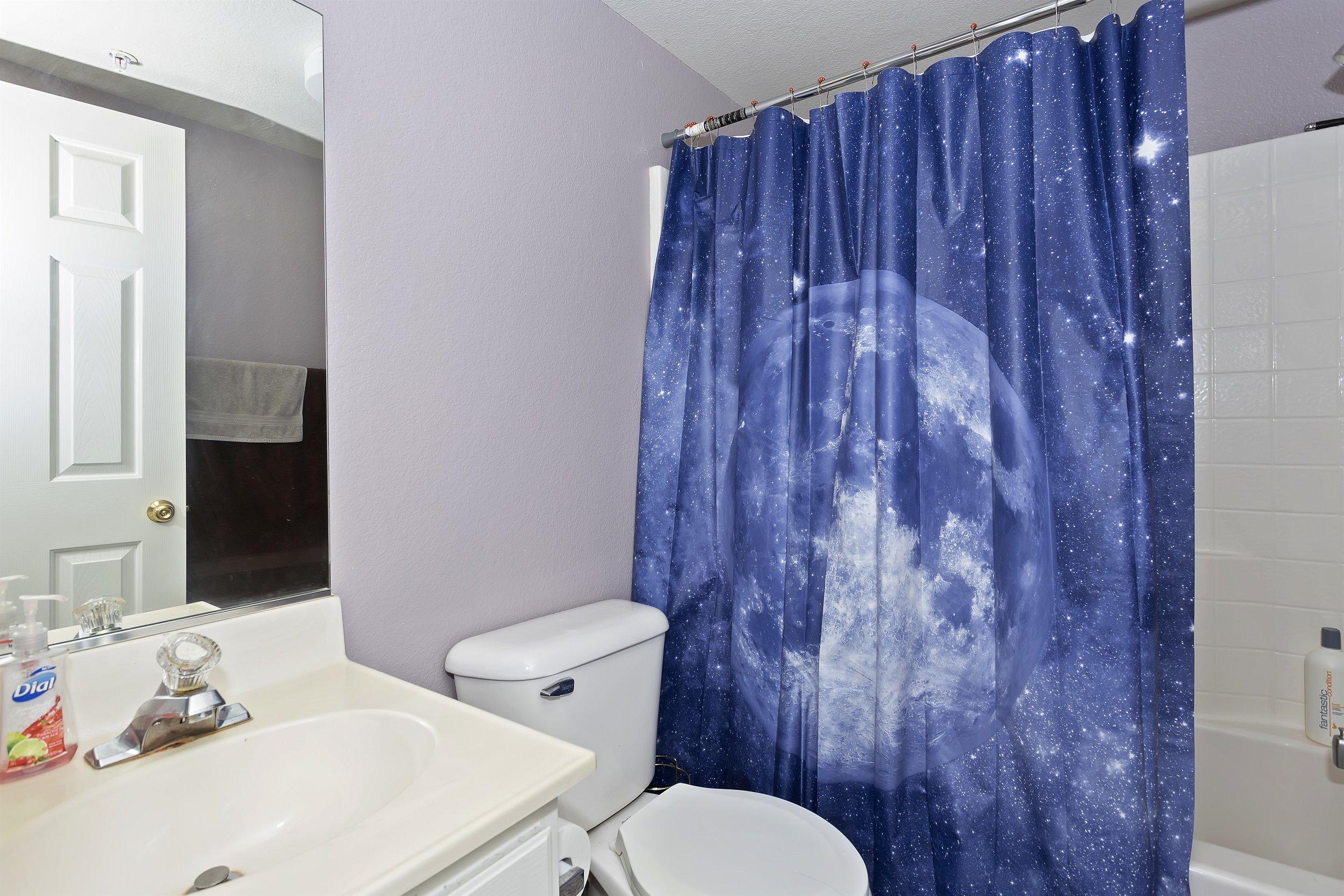 021_2nd Floor Bathroom.jpg