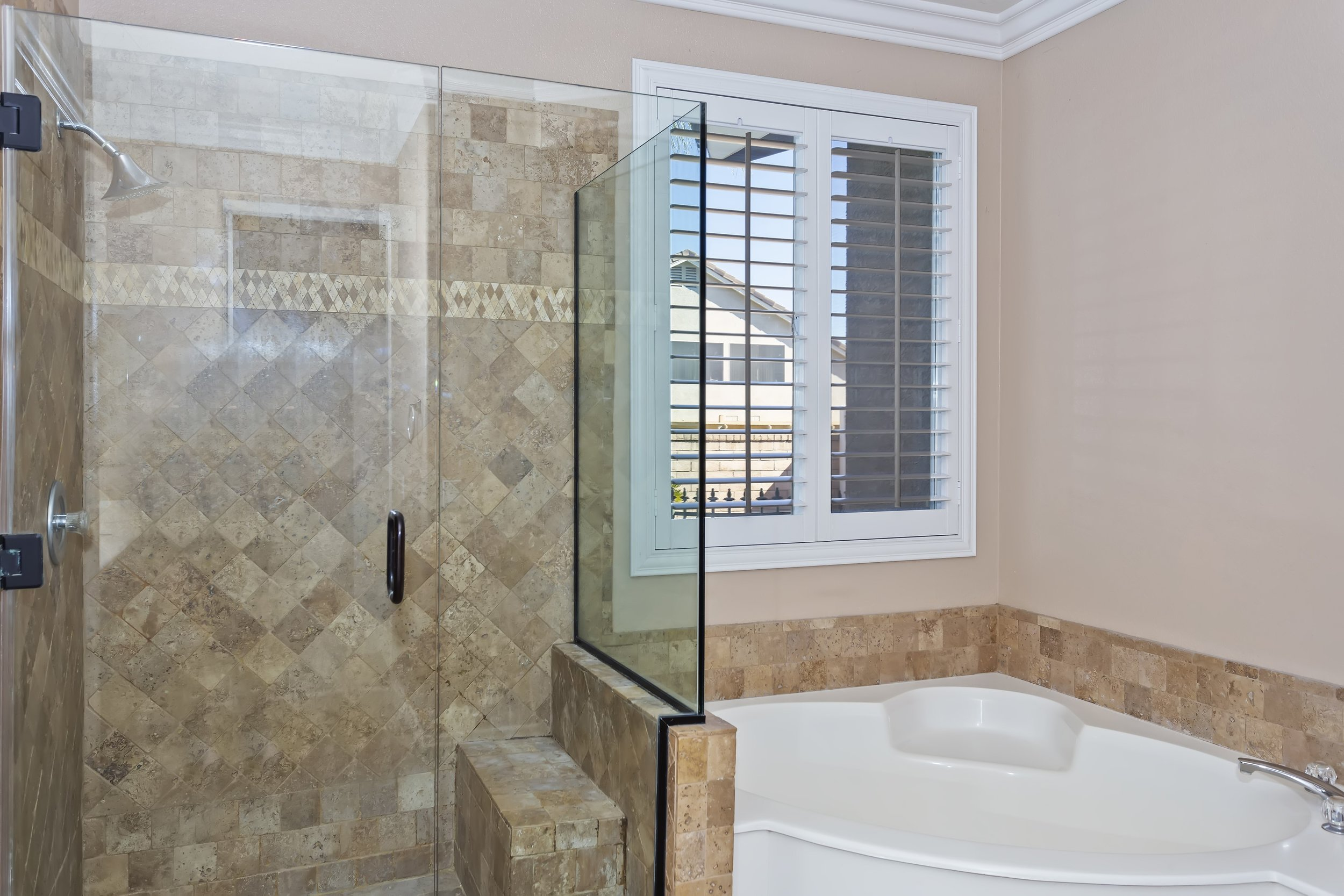 029_Master Bathroom.jpg