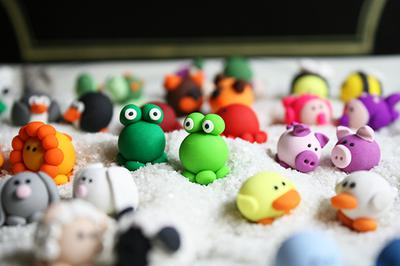 mini-figurines in polymer clay.jpg