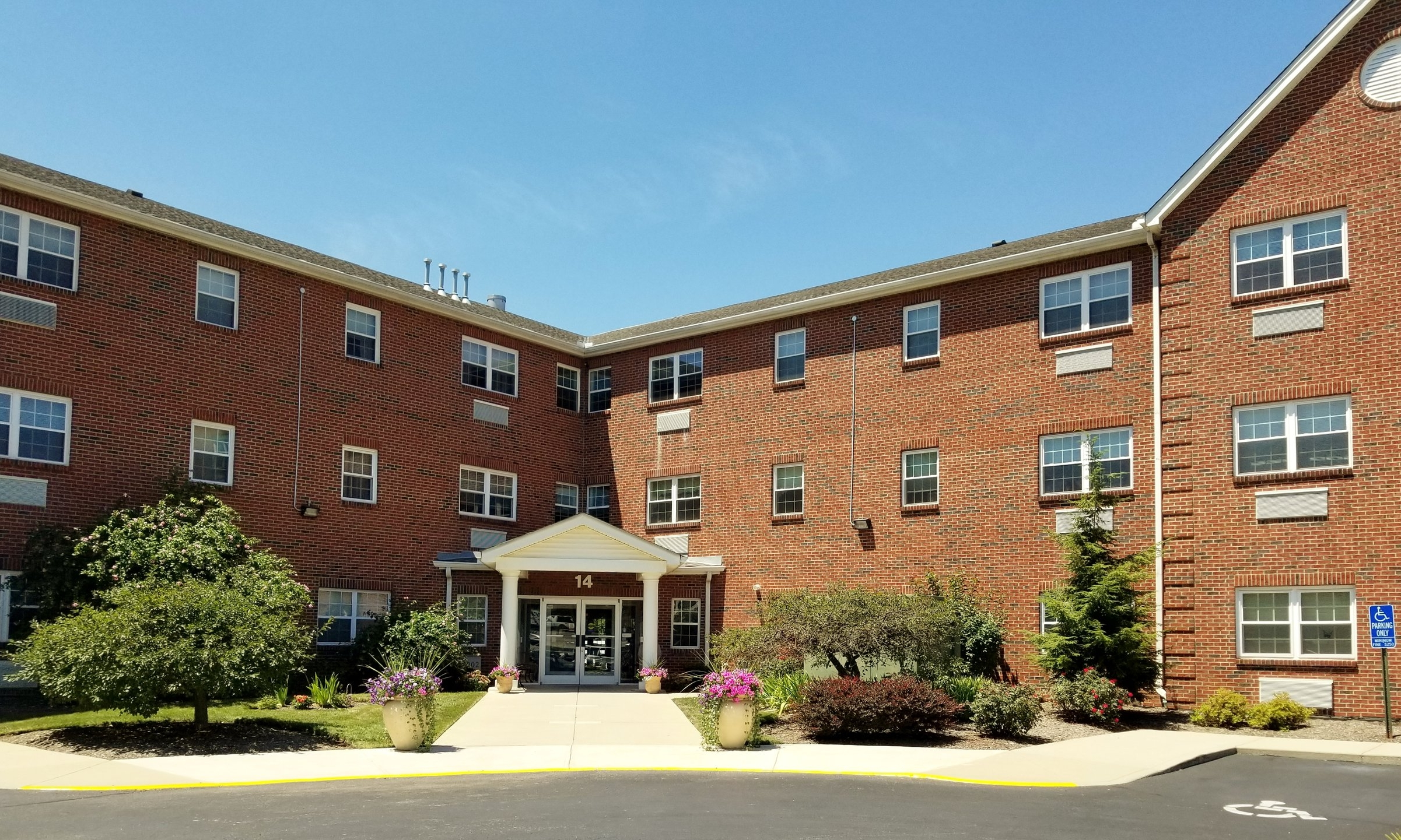 AHEPA 127 Senior Apartments - 14 Easley DriveMilford, OH 45150(513) 575-1820TTY: (800) 750-0750 or 711 (English)TTY: (888) 269-0678 or 711 (Español)info@ahepahousing.org
