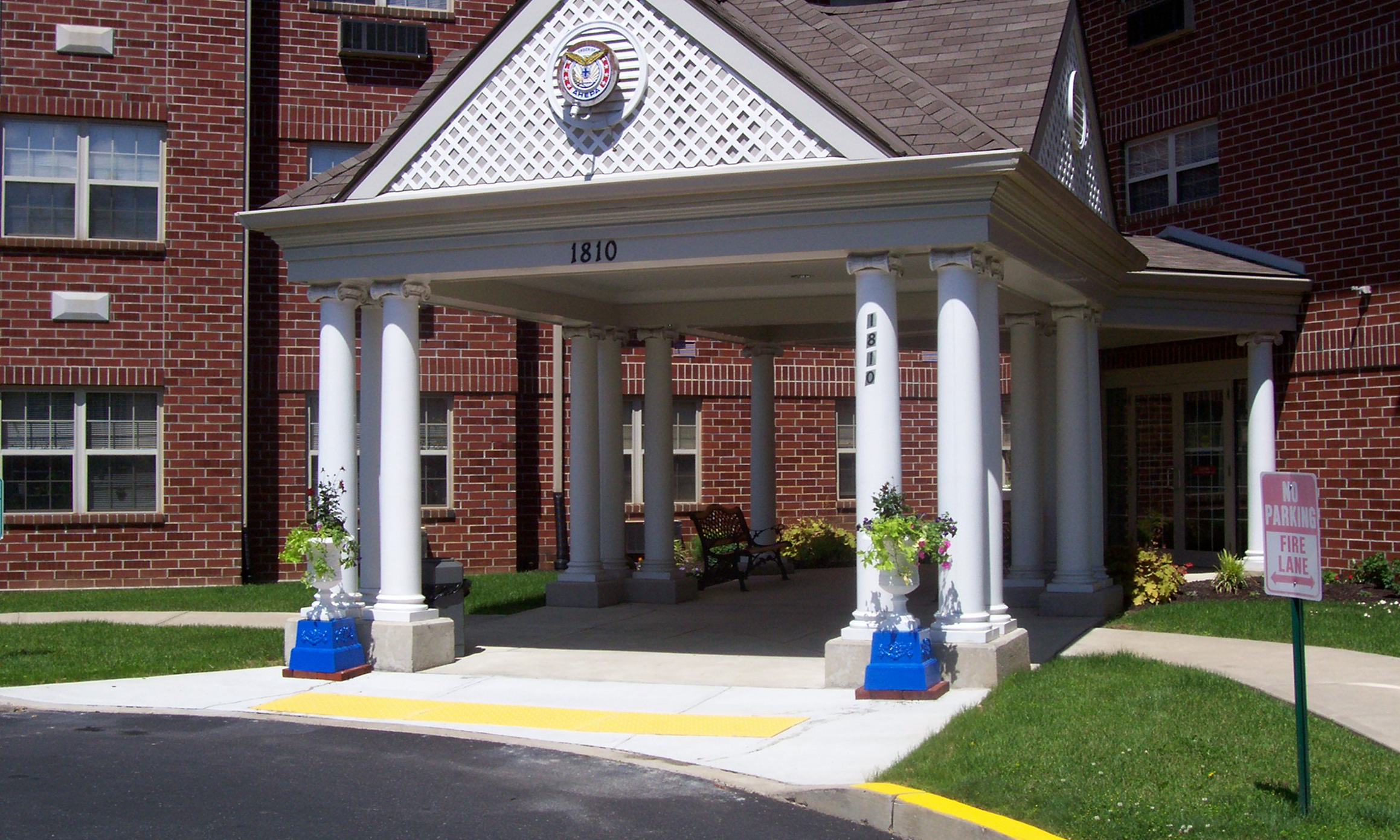 AHEPA 60 Senior Apartments - 1810 S. Albert StreetAllentown, PA 18103(610) 798-8320TTY: (800) 654-5988 or 711 (English)TTY: (844) 308-9291 or 711 (Español)info@ahepahousing.org