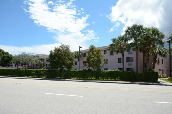 ahepa-18-senior-apartments-west-palm-beach-fl-building-photo.jpg