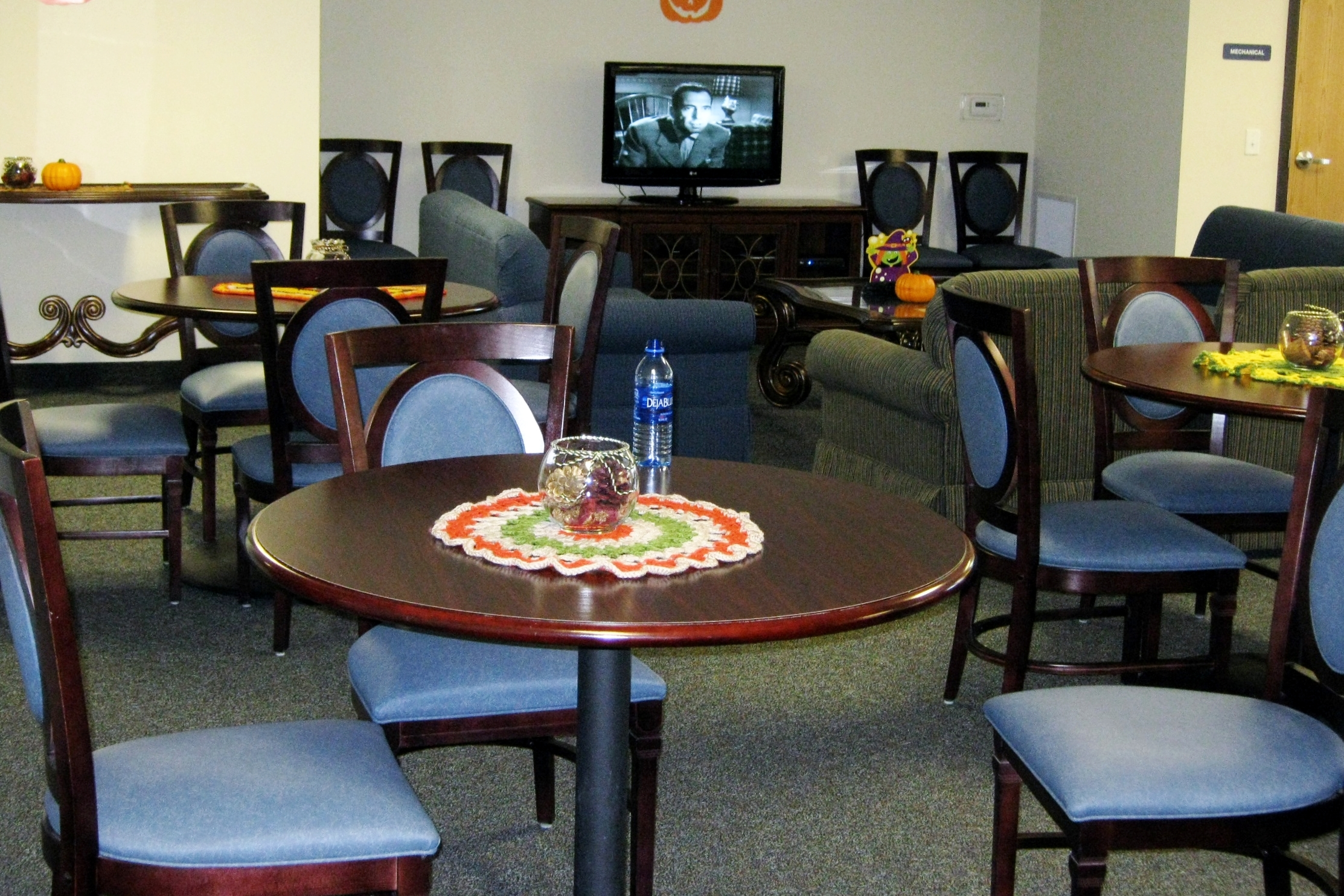Photo 6-community room.JPG