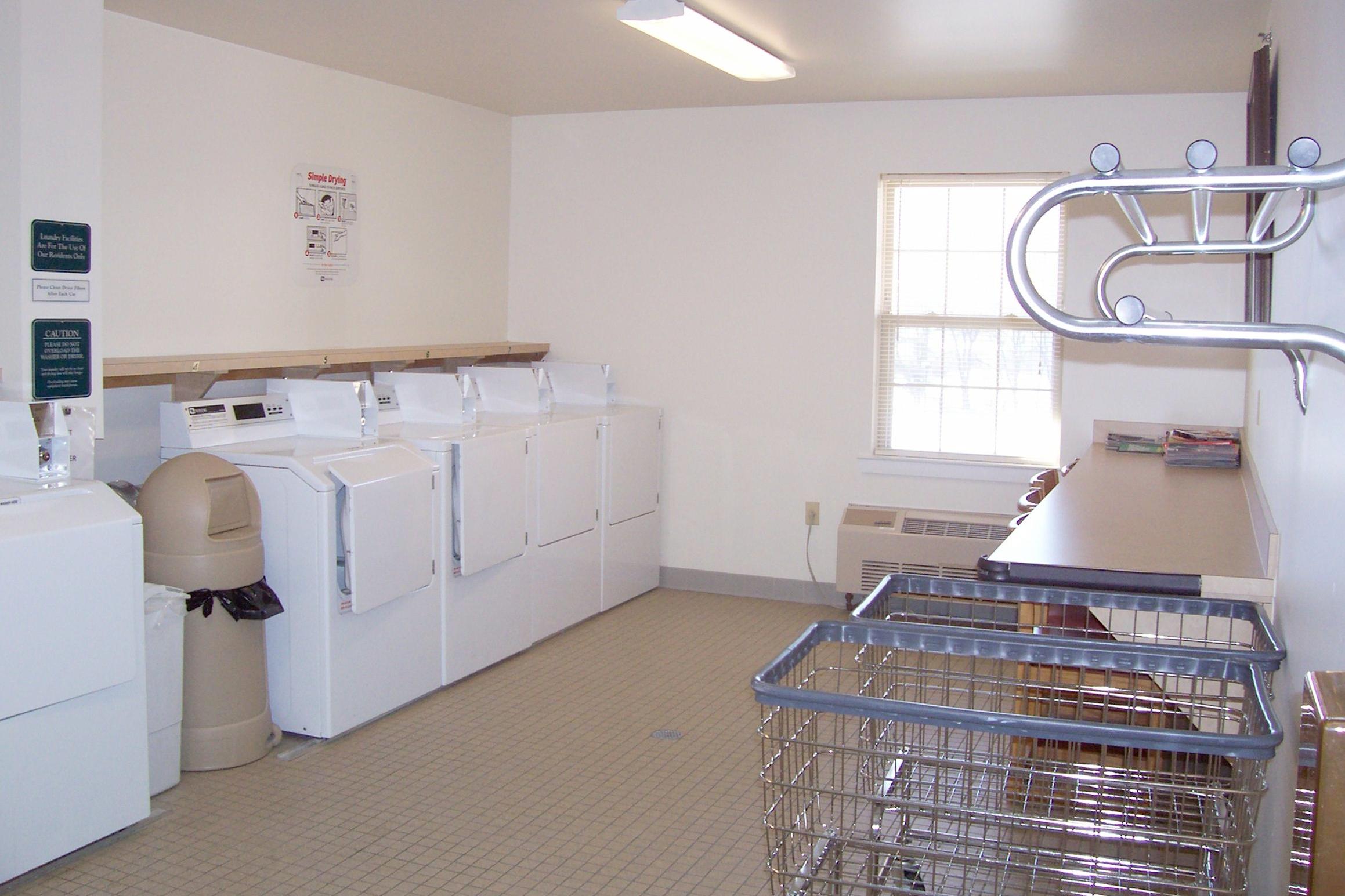 11-Ahepa 60 Laundry 2.jpg