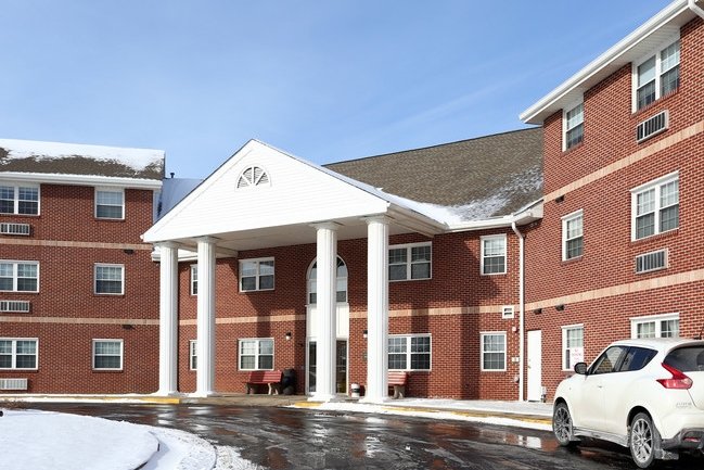 ahepa-89-senior-apartments-youngstown-oh-building-photo.jpg