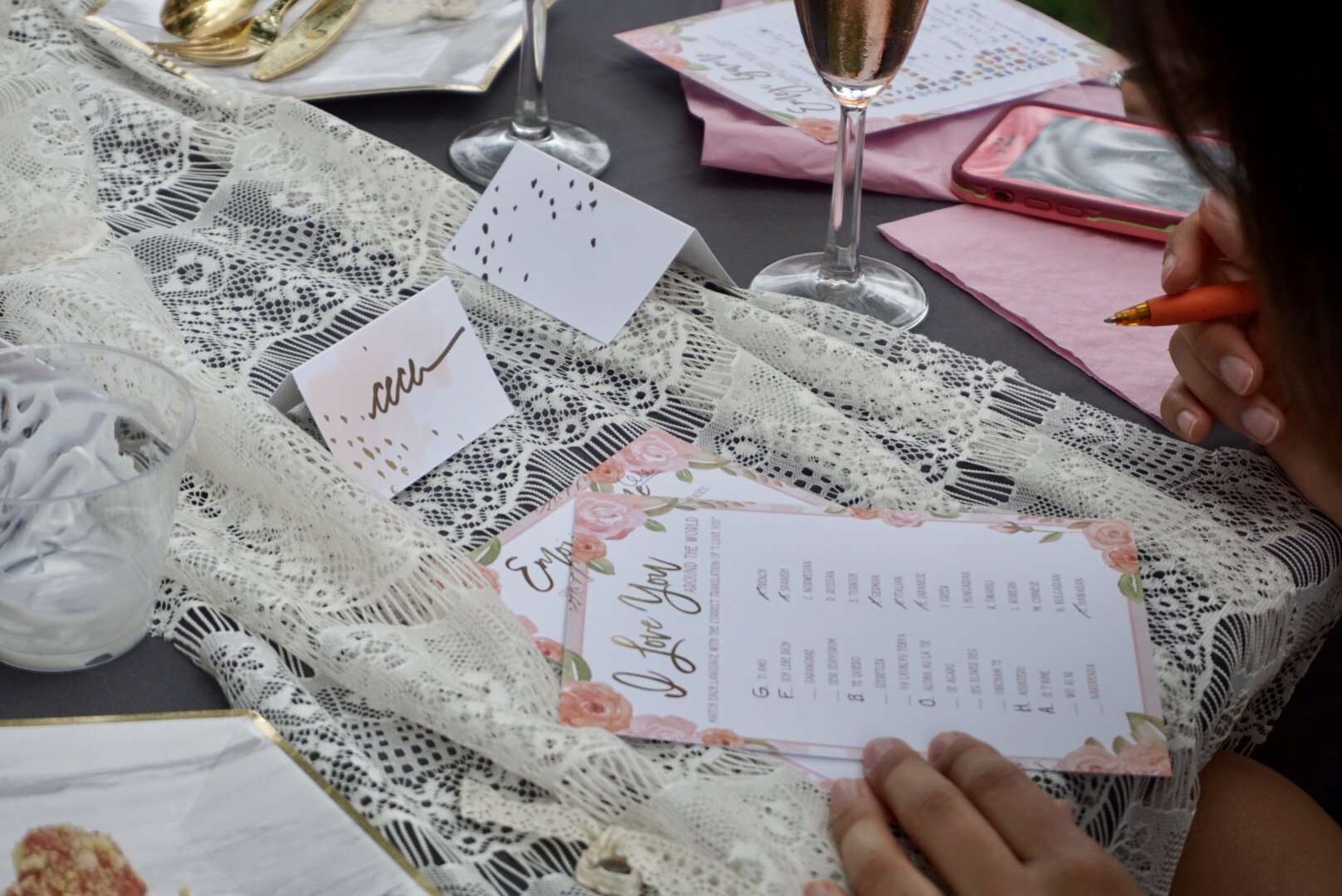 """""""I love you"""" in different languages bridal shower game"""