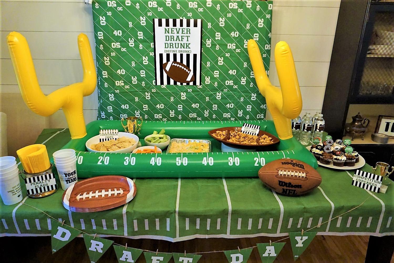 Fantasy football party decorations