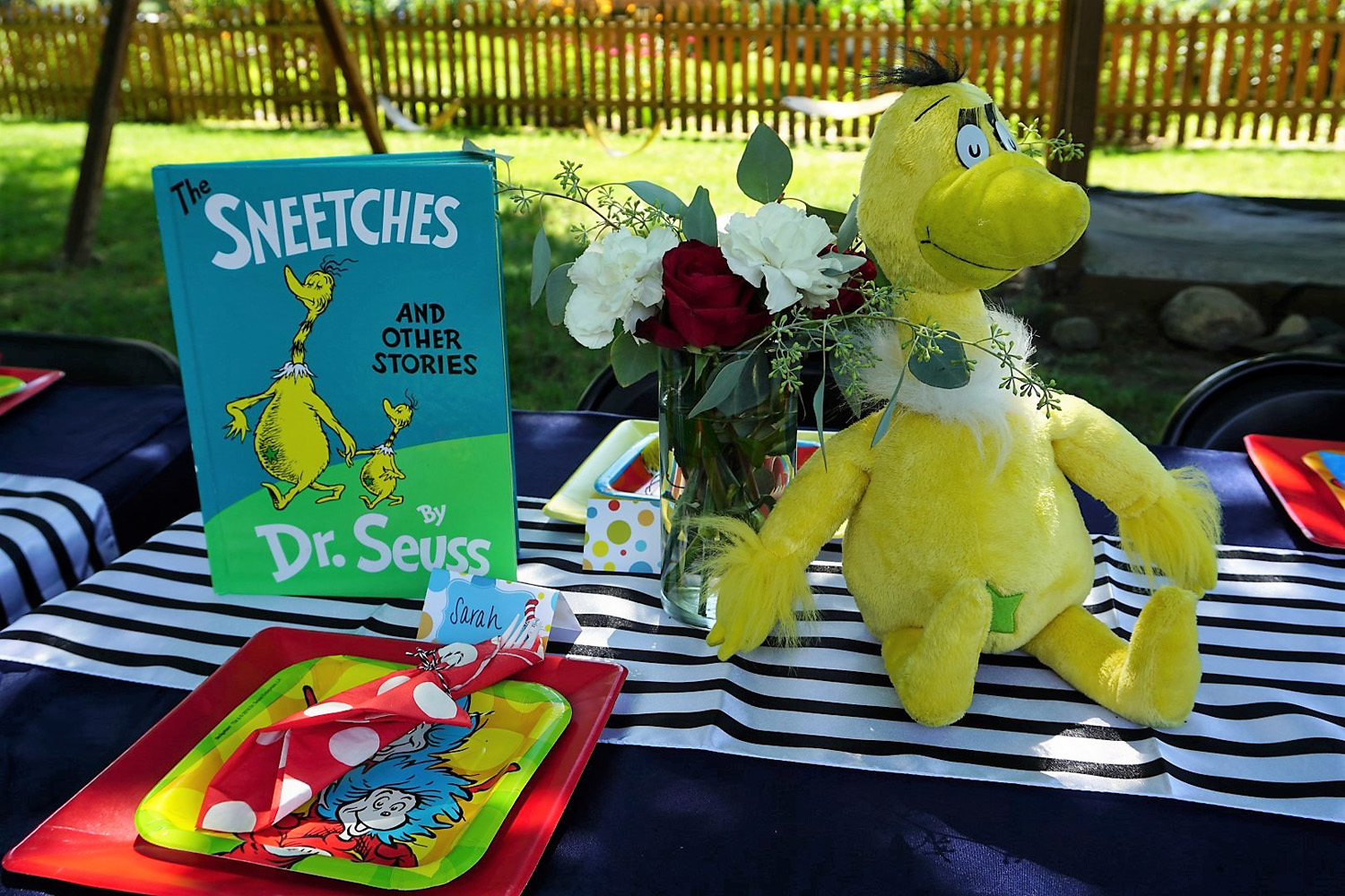 Sneetches as a centerpiece for a Dr. Seuss baby shower