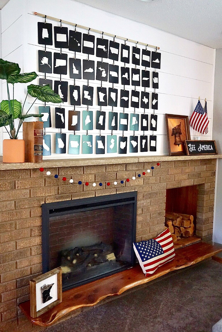 4th of July mantel decorated with 50 state flashcards